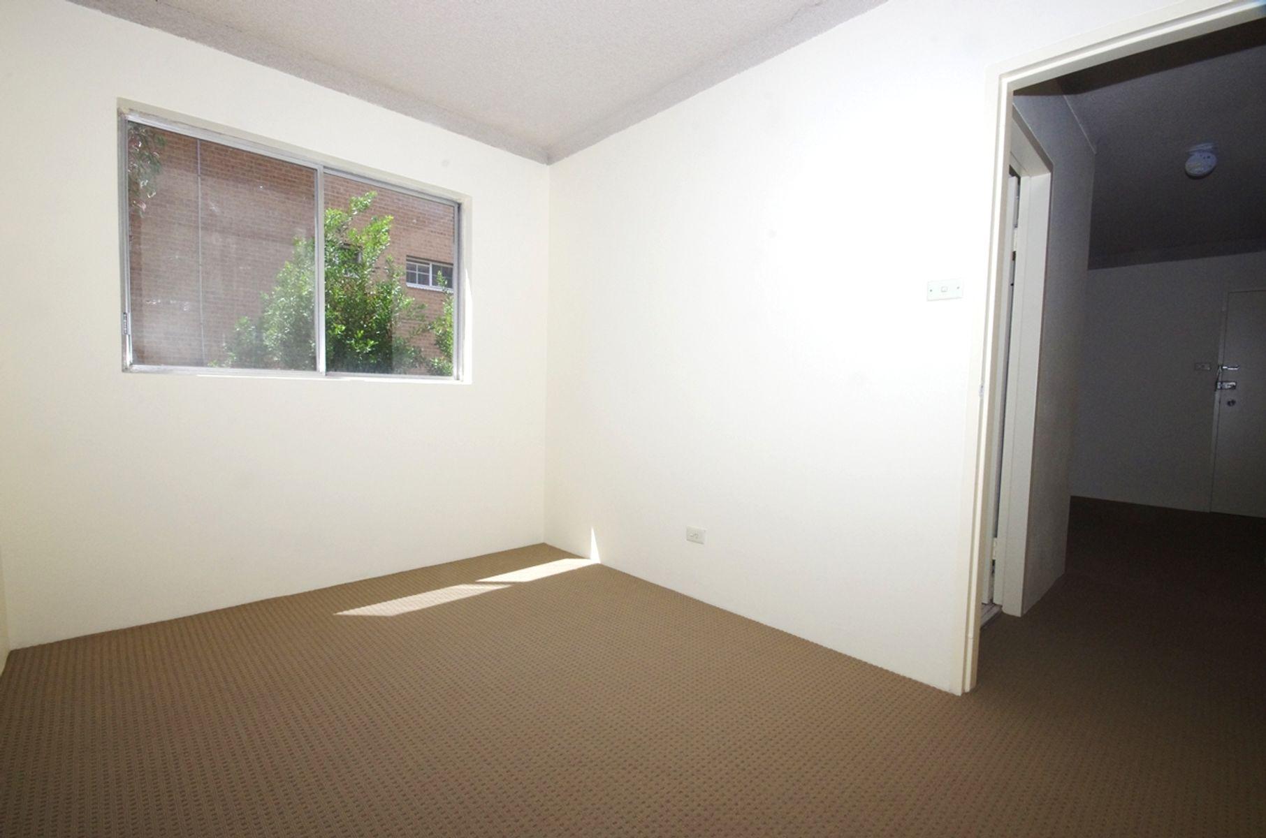 2/15 Ethel Street, Eastwood, NSW 2122