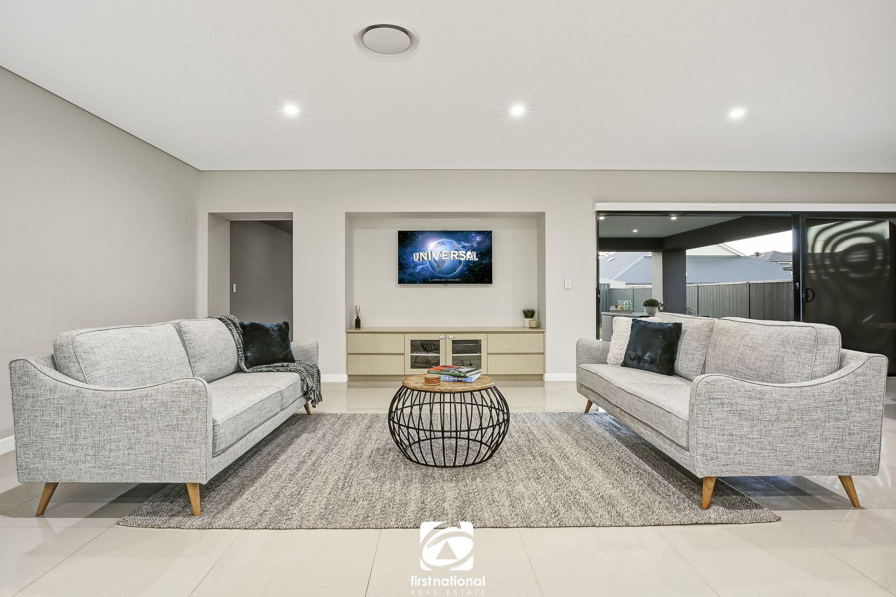 7 Dargin Close, Harrington Park, NSW 2567
