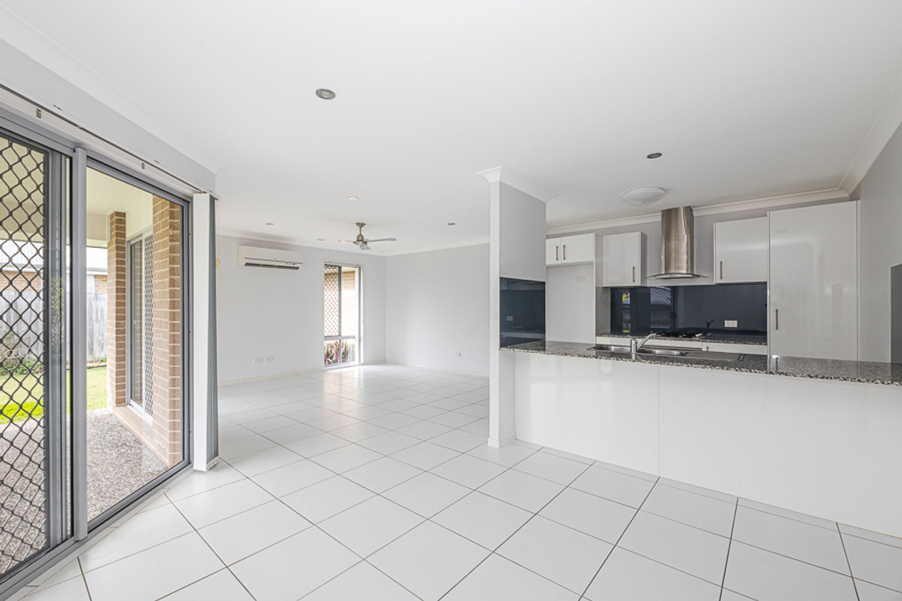 18 Broadleaf Place, Ningi, QLD 4511