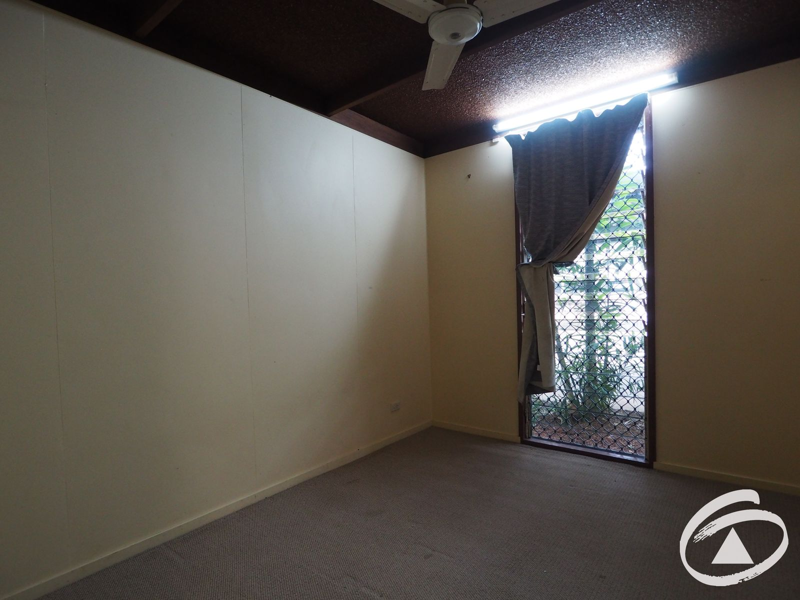 12 Macilwraith Street, Manoora, QLD 4870