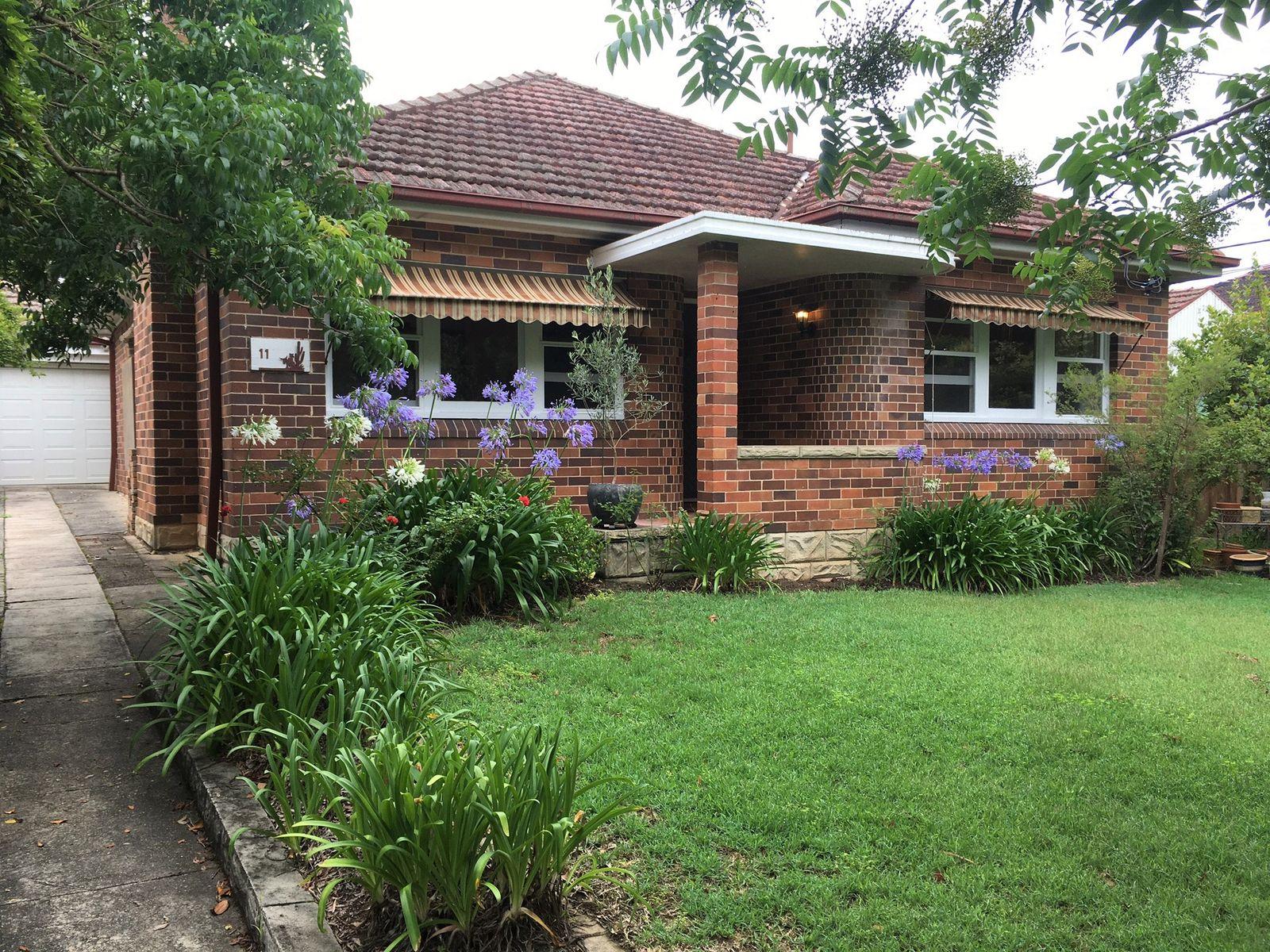 11 Inverallan Avenue, West Pymble, NSW 2073