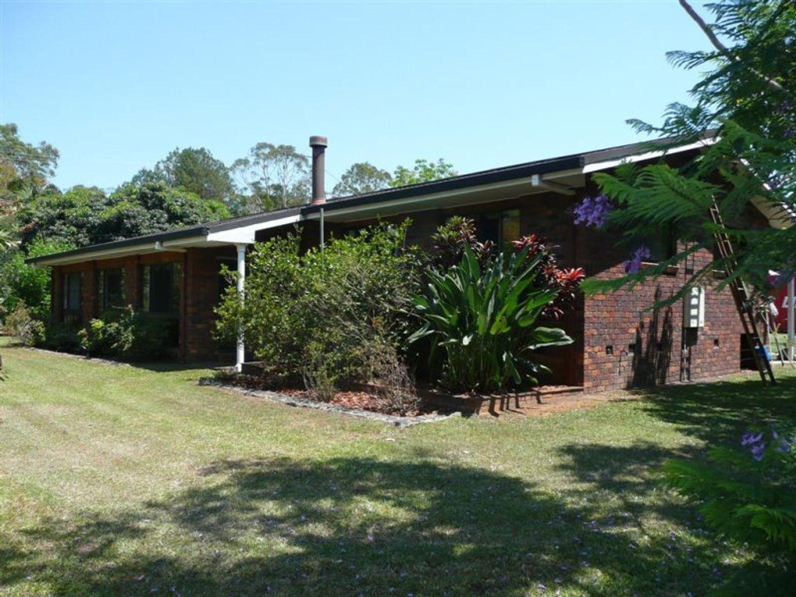 6 Alfs Pinch Road, Beerwah, QLD 4519