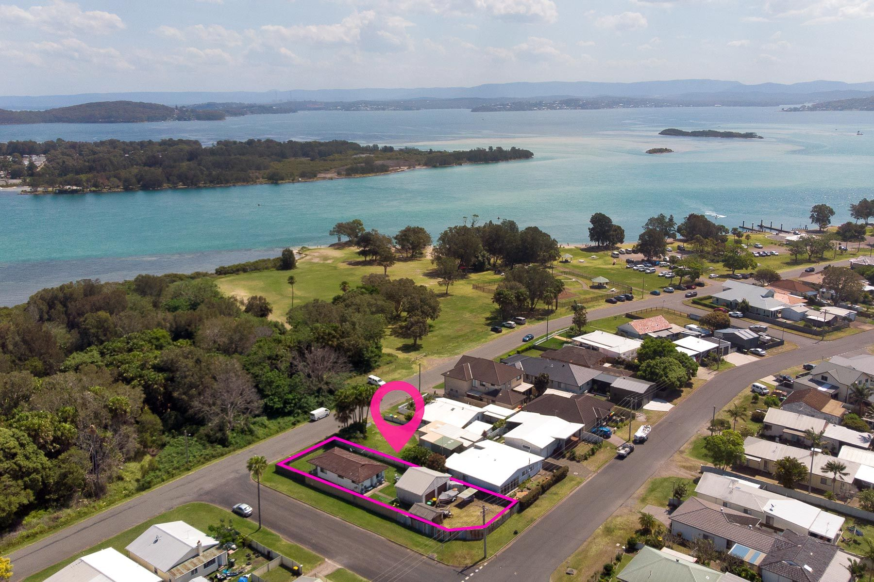 58 Lakeview Parade, Pelican, NSW 2281