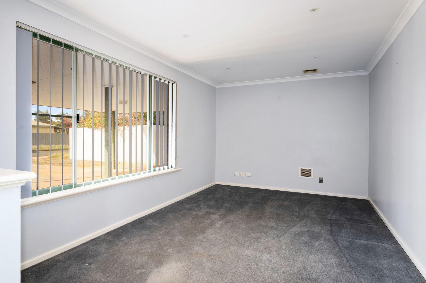 4 Truscott Court, South Kalgoorlie, WA 6430