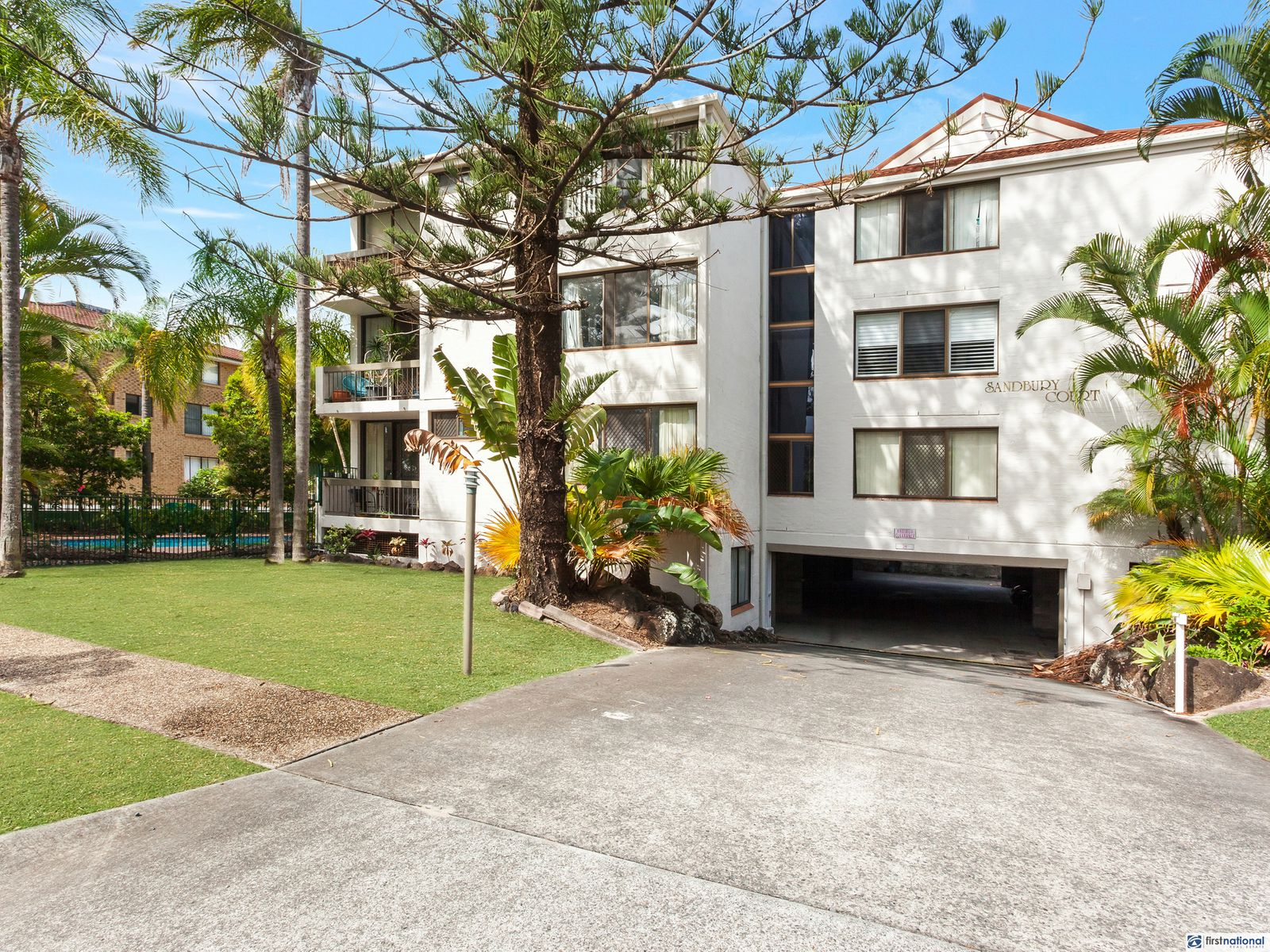 9/13 Federation Avenue, Broadbeach, QLD 4218