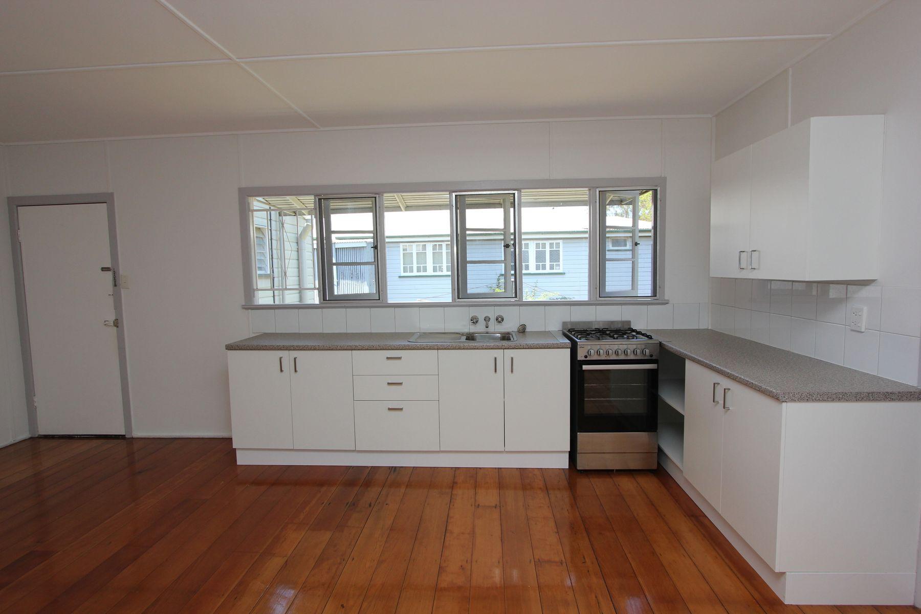 2/43 Primrose Street, Sherwood, QLD 4075