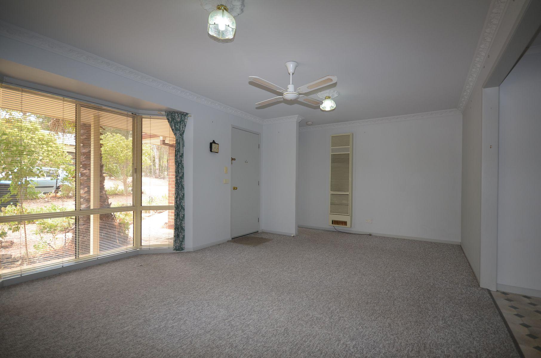 48 Palm Avenue, Spring Gully, VIC 3550