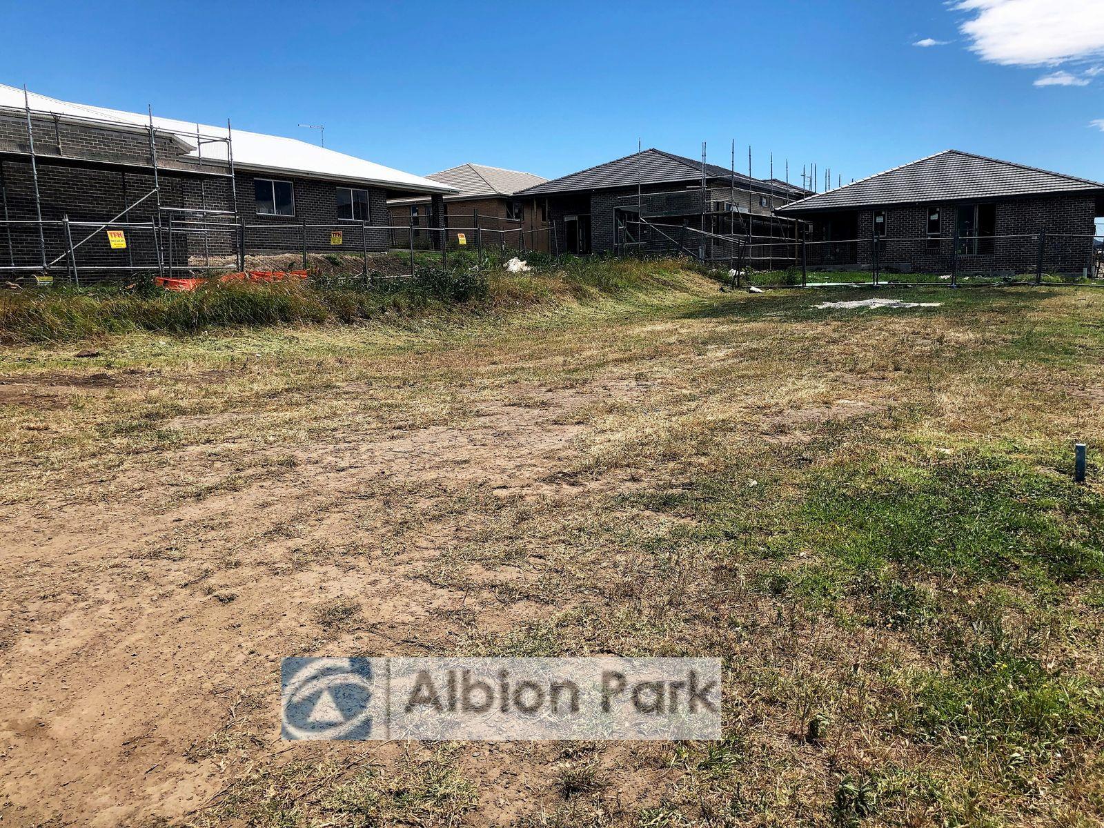 19 Farmgate Cres, Calderwood, NSW 2527
