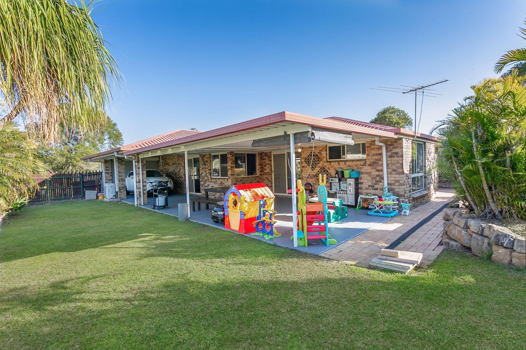 105 Equestrian Drive, Yamanto, QLD 4305