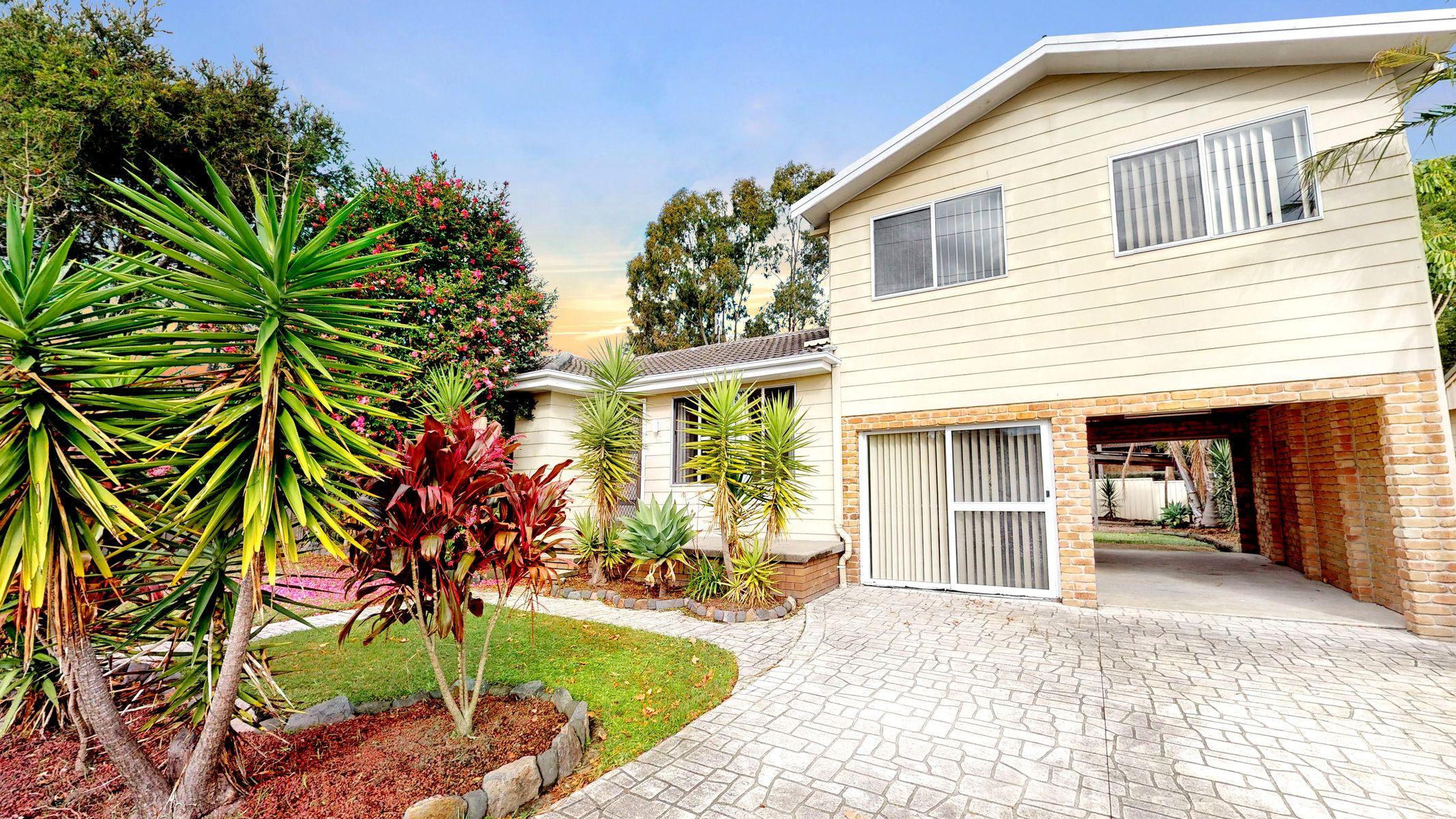 37 East St, Warners Bay NSW 2282, Australia, House for Lease