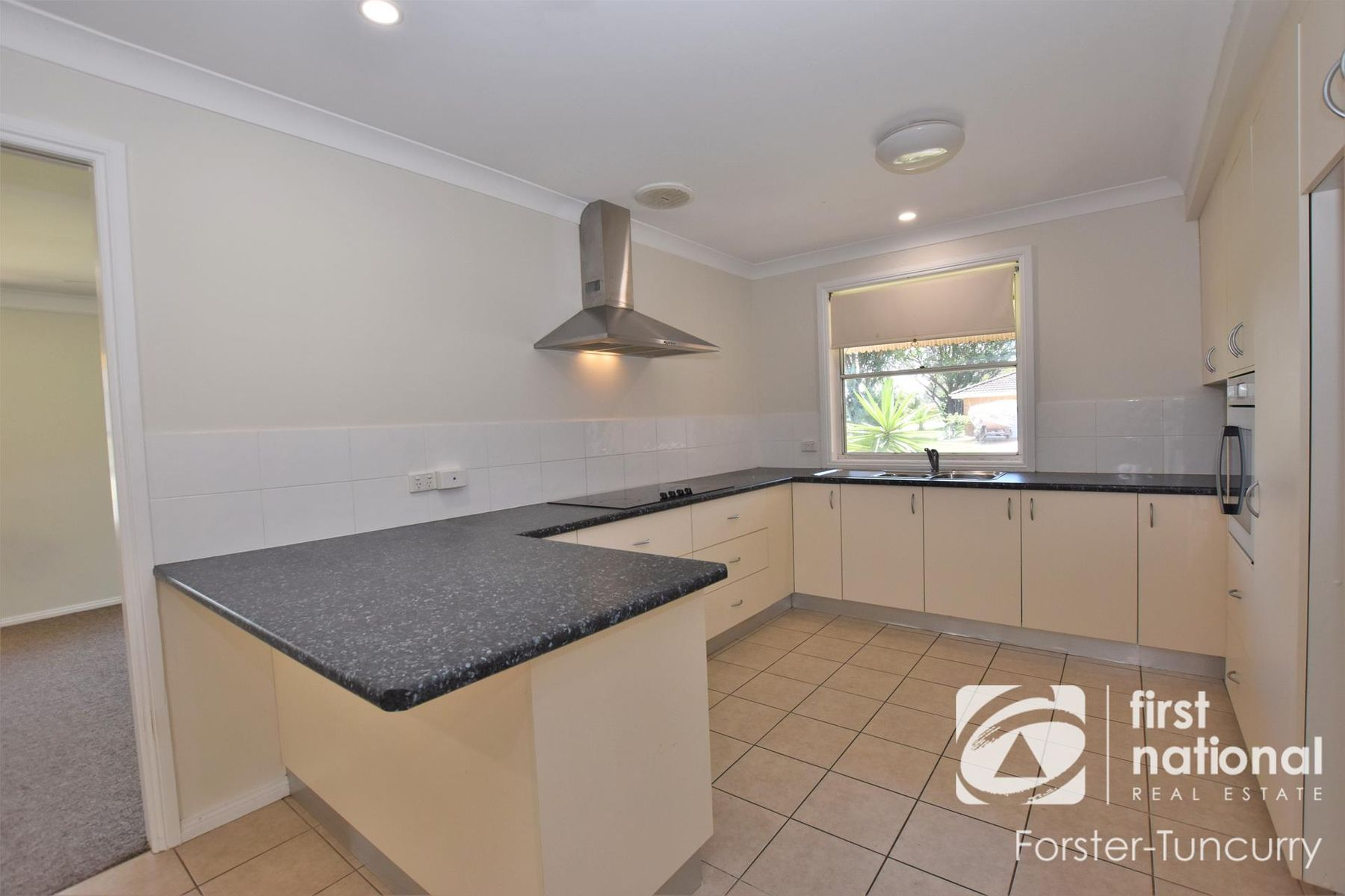 2 Endeavour Court, Forster, NSW 2428