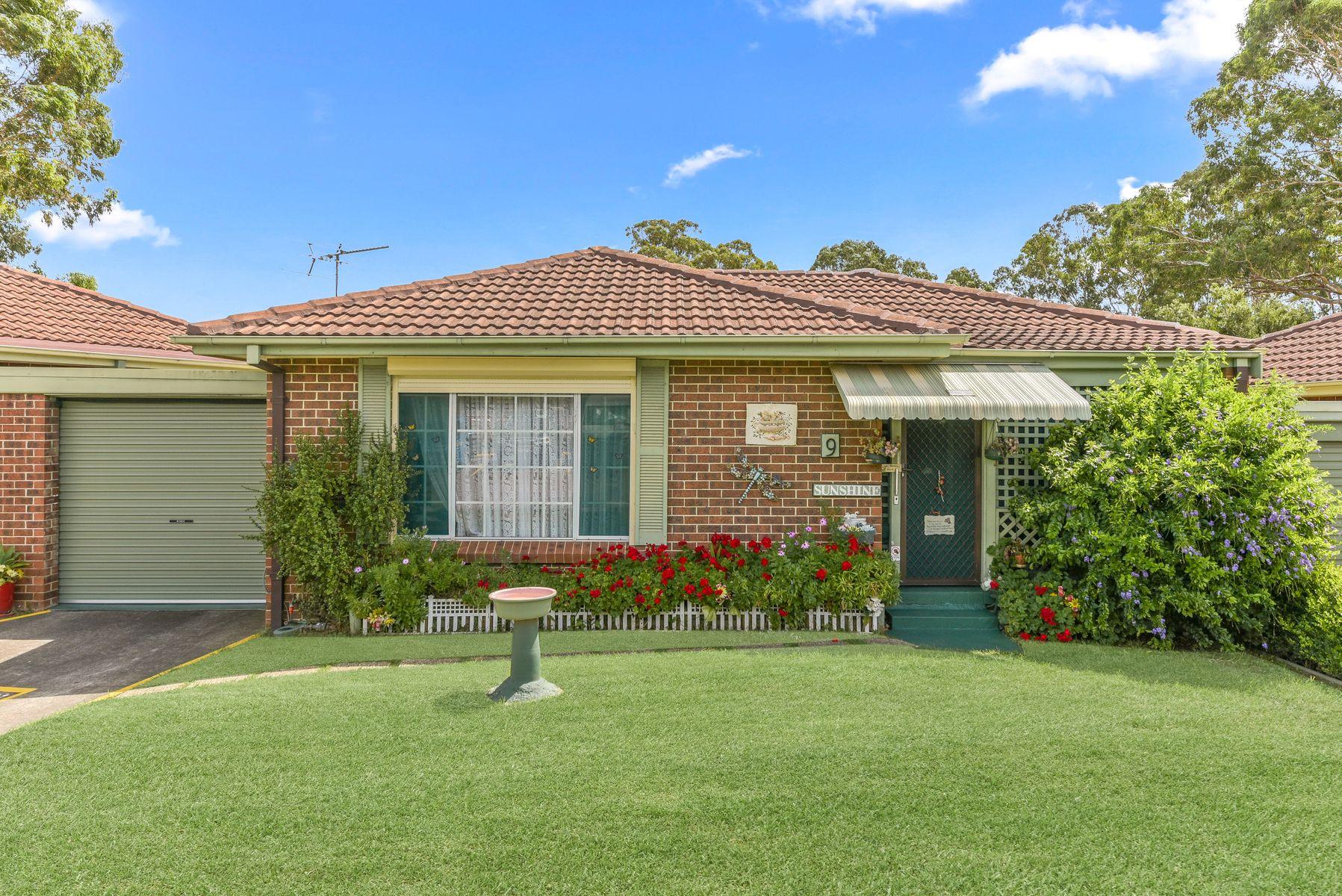 9/12 Bensley Road, Macquarie Fields, NSW 2564