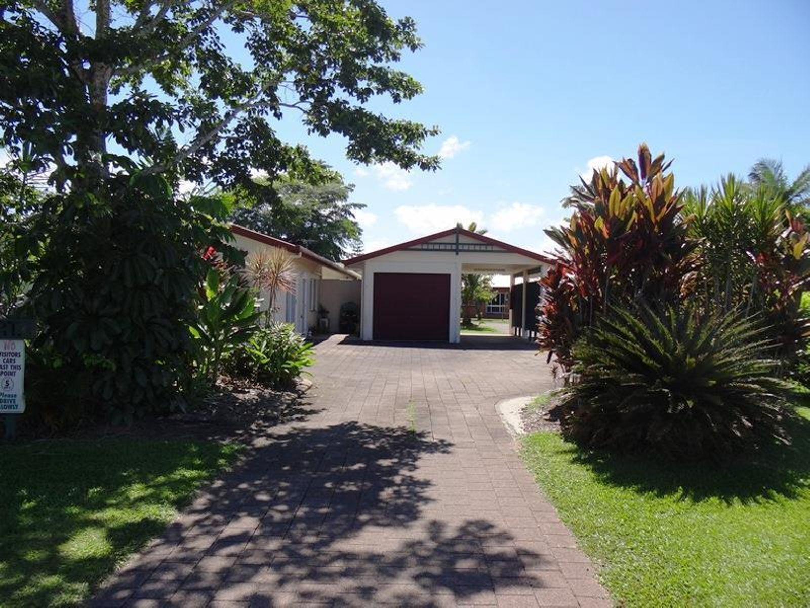 2/6 REYNOLDS Road, Innisfail Estate, QLD 4860