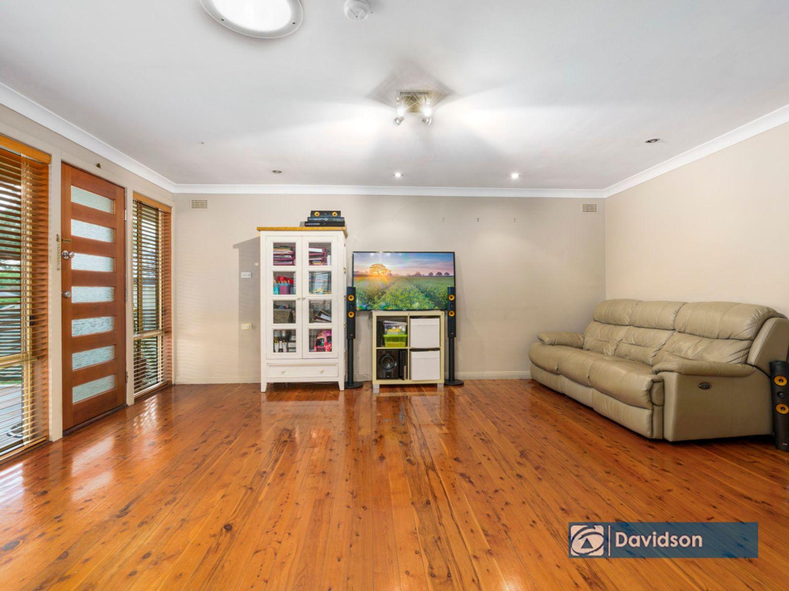 8 Komiatum Street, Holsworthy, NSW 2173