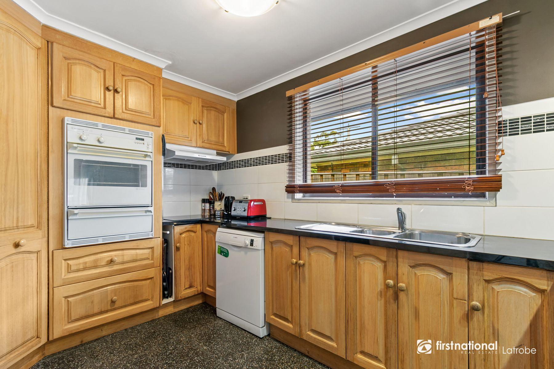 11 McLean Avenue, Churchill, VIC 3842