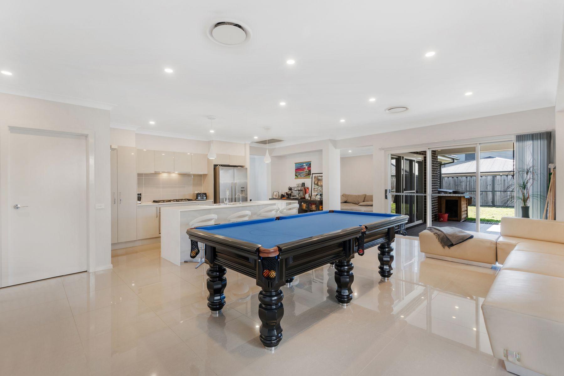 10 Clarence Drive, Elizabeth Hills, NSW 2171