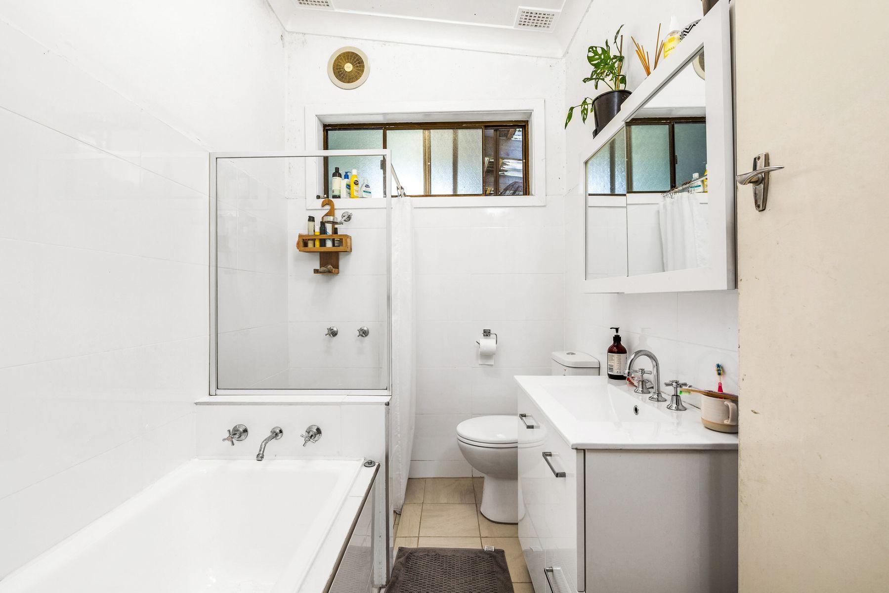 56 Roslyn Avenue, Charlestown, NSW 2290