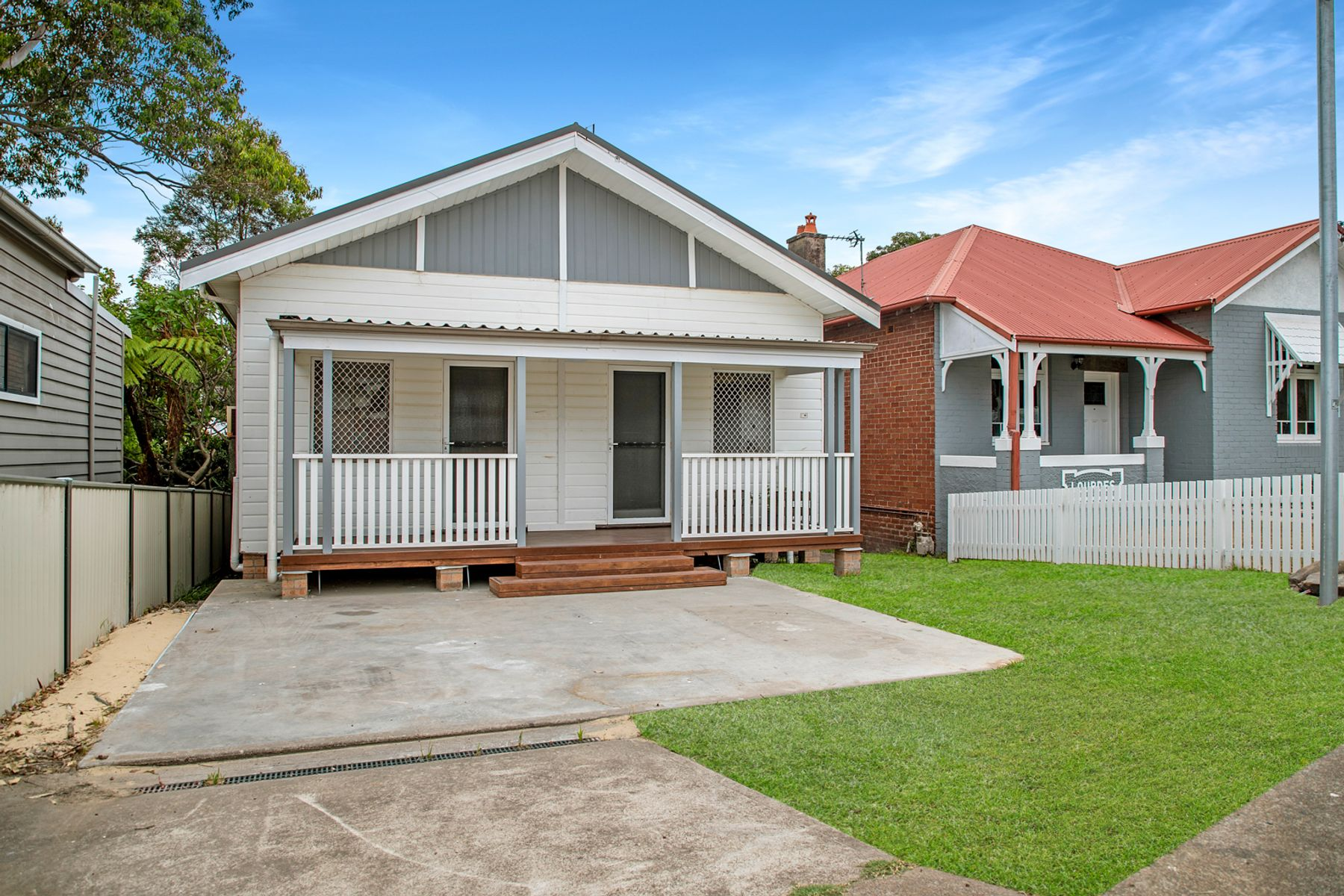 16 Margaret Street, Tighes Hill, NSW 2297