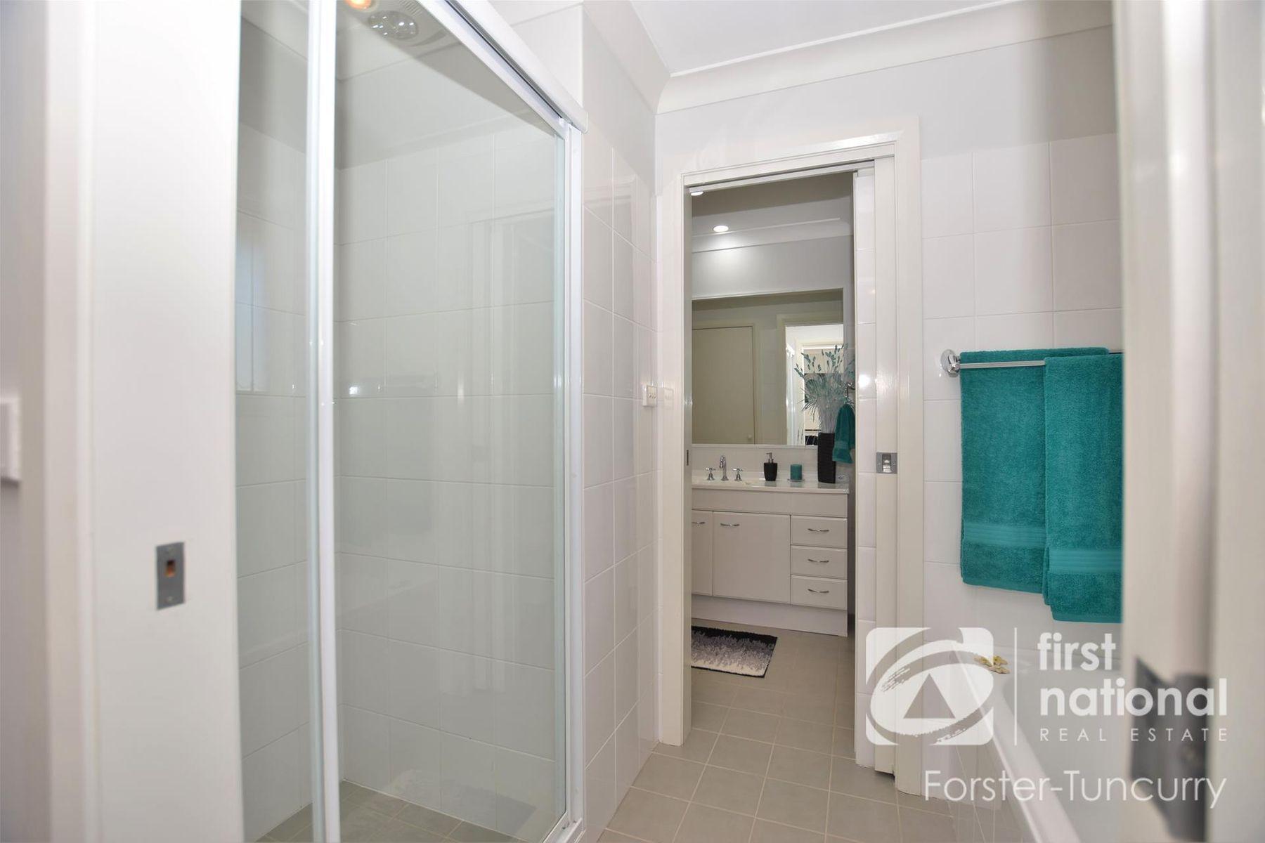 1/12 Bennett Place, Forster, NSW 2428