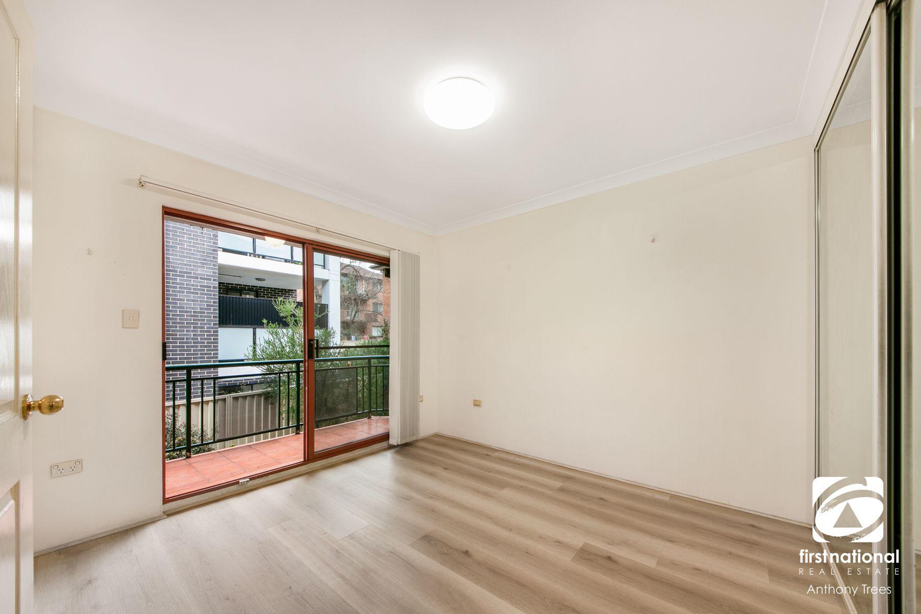 2/15 Park Avenue, Westmead, NSW 2145
