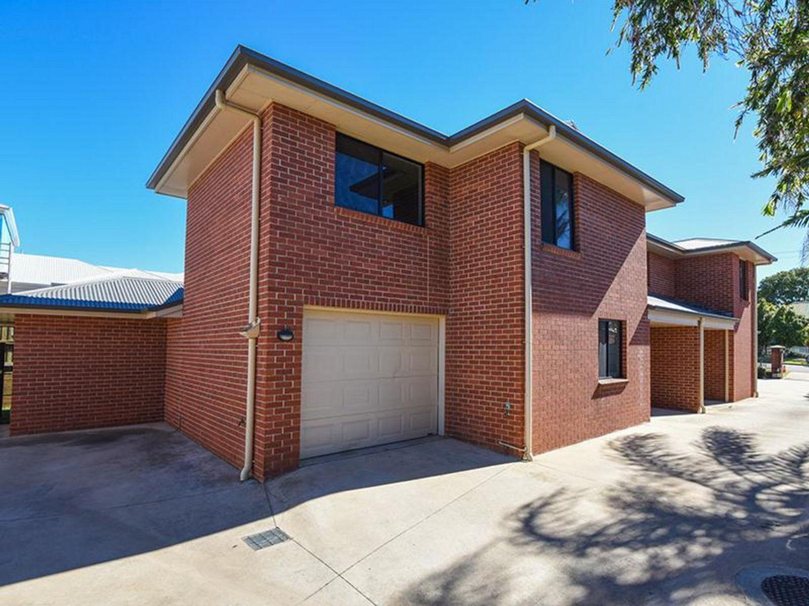 2/18 Gostwyck Street, Newtown, QLD 4350