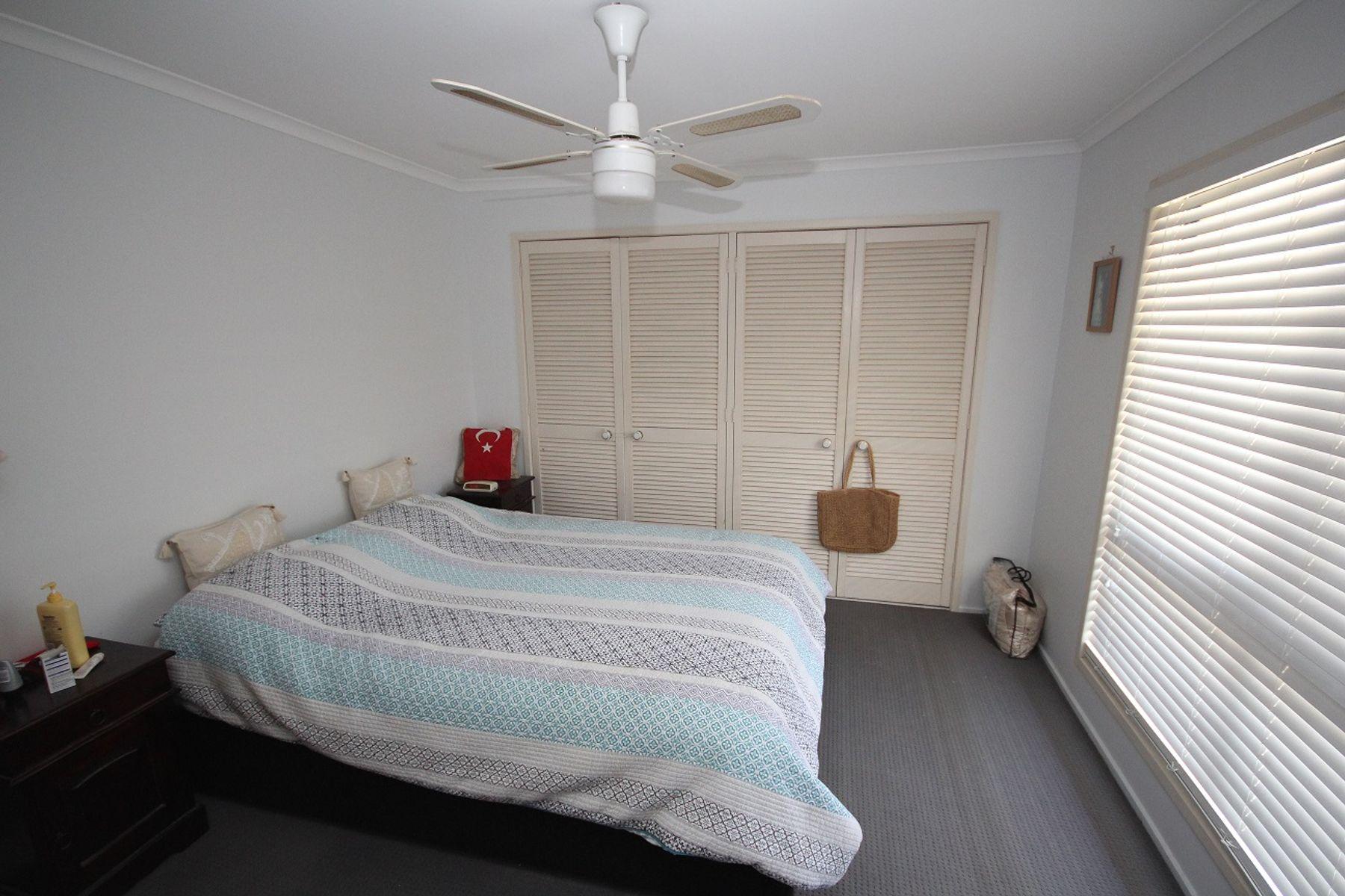 6 Reerden Street, Collingwood Park, QLD 4301