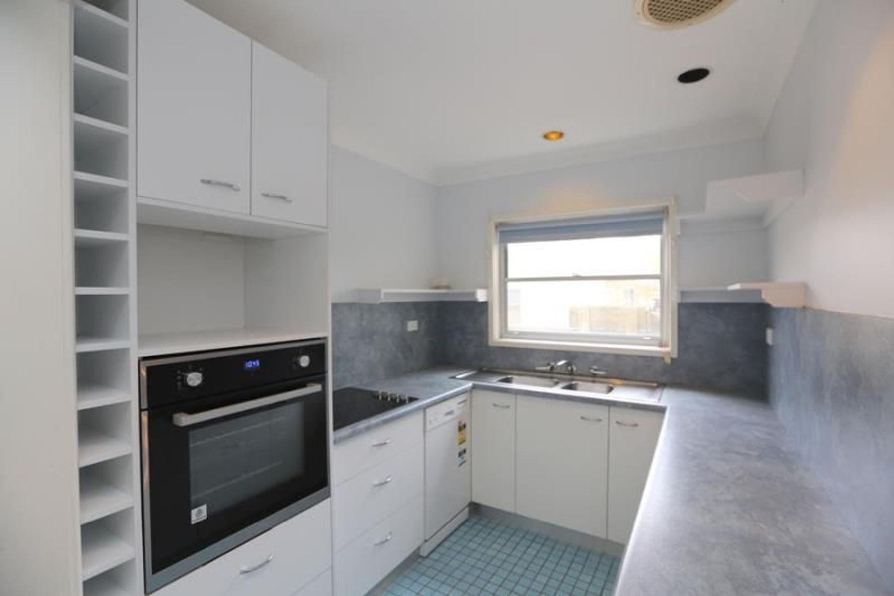 21 Hutchinson Street, Redhead, NSW 2290
