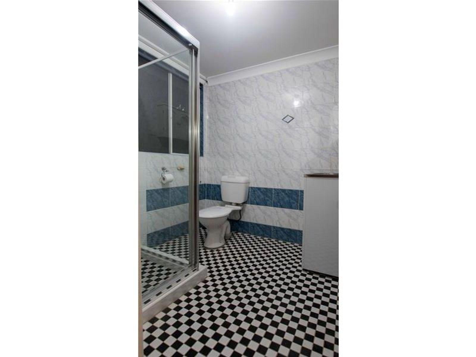 72 Sadleir Avenue, Sadleir, NSW 2168