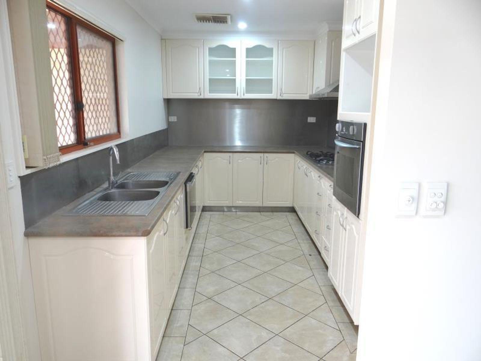 9 Nelson Terrace, Araluen, NT 0870