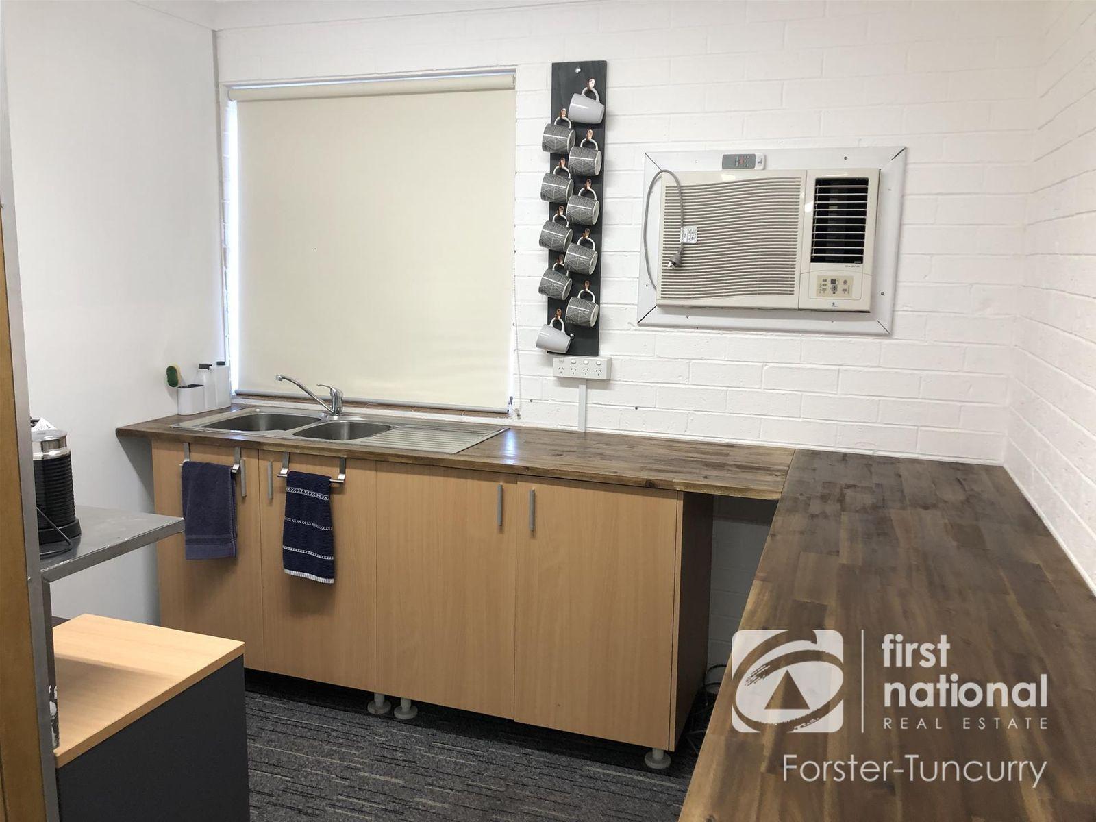 6 Commerce Court, Forster, NSW 2428