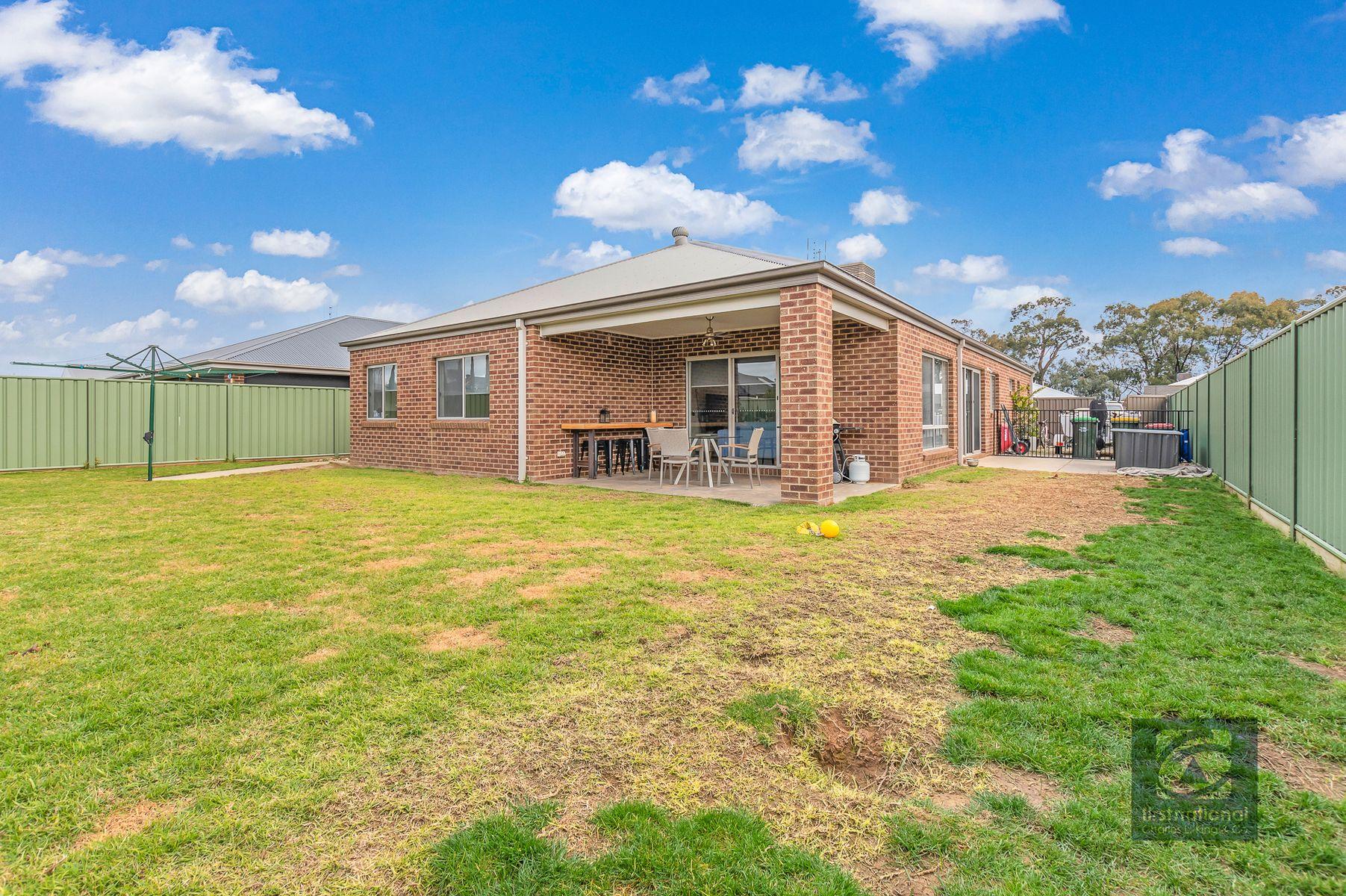 10 Mayflower Drive, Moama, NSW 2731