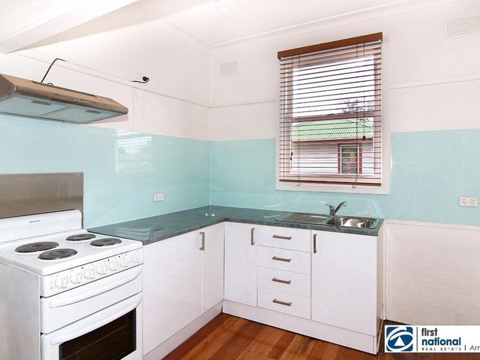 9 Elizabeth St, Armidale NSW 2350, Australia , House for Sale - FN ...