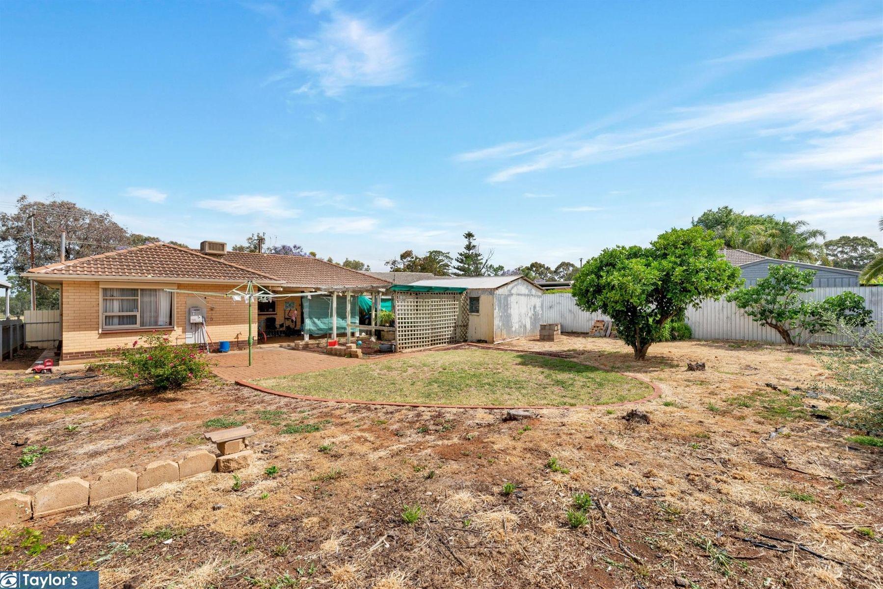 4 Balkara Road, Para Hills West, SA 5096