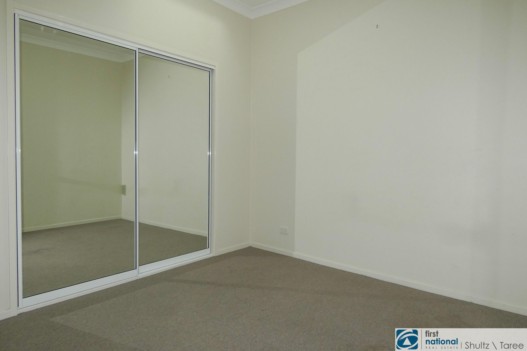 2/219 Victoria Street, Taree, NSW 2430