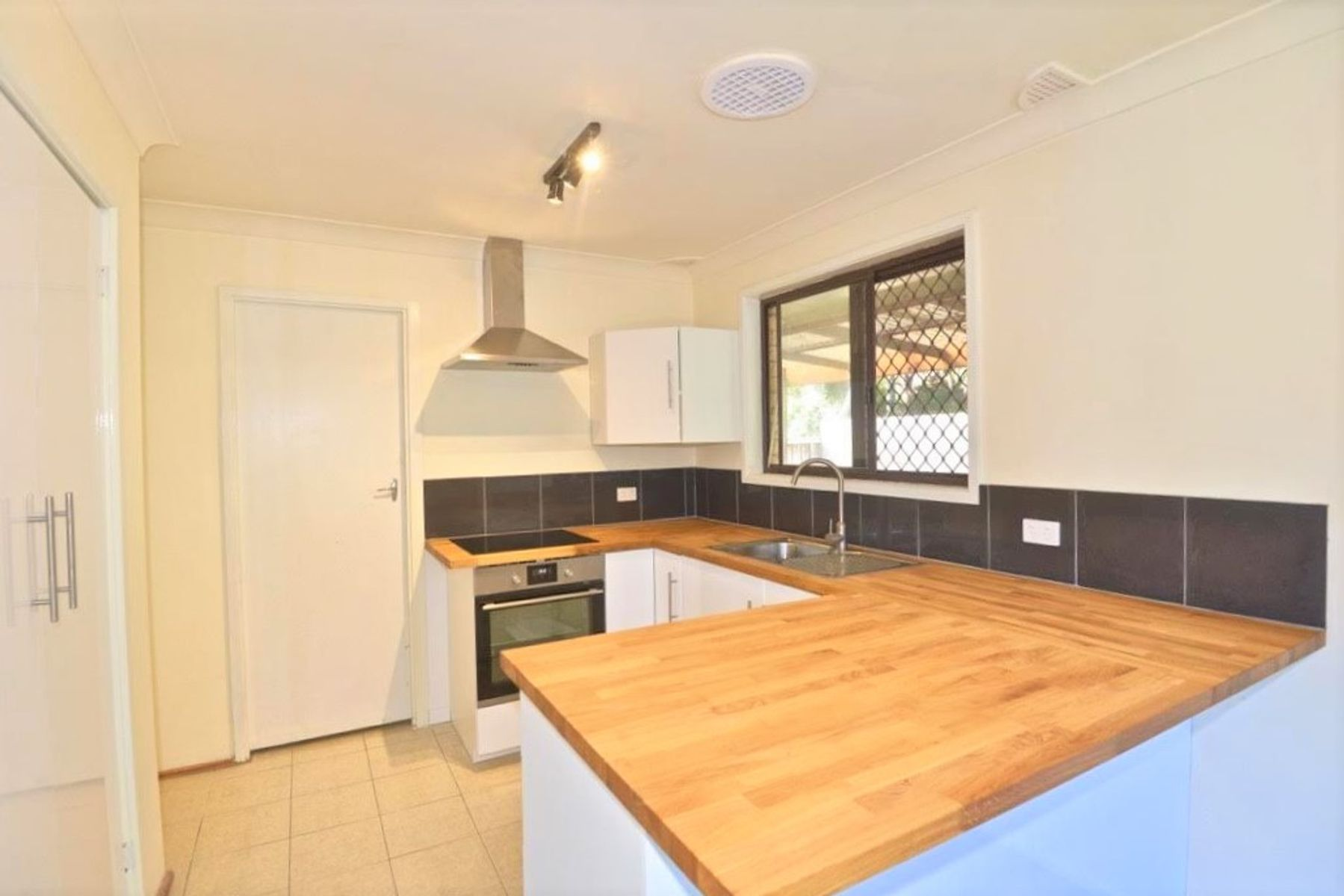 1/137 Francis st, Richmond, NSW 2753