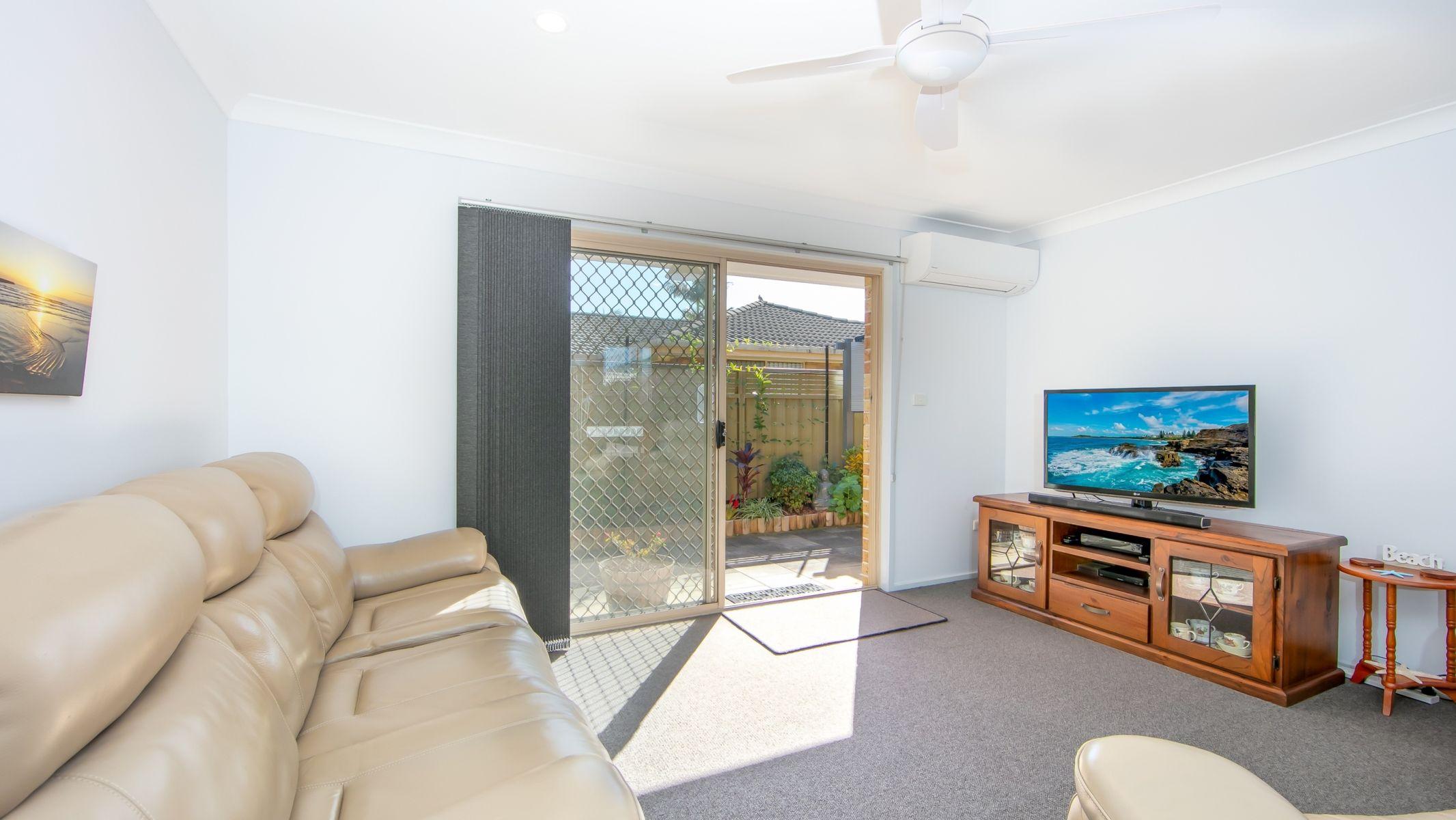 2/21 Casuarina Close, Yamba, NSW 2464
