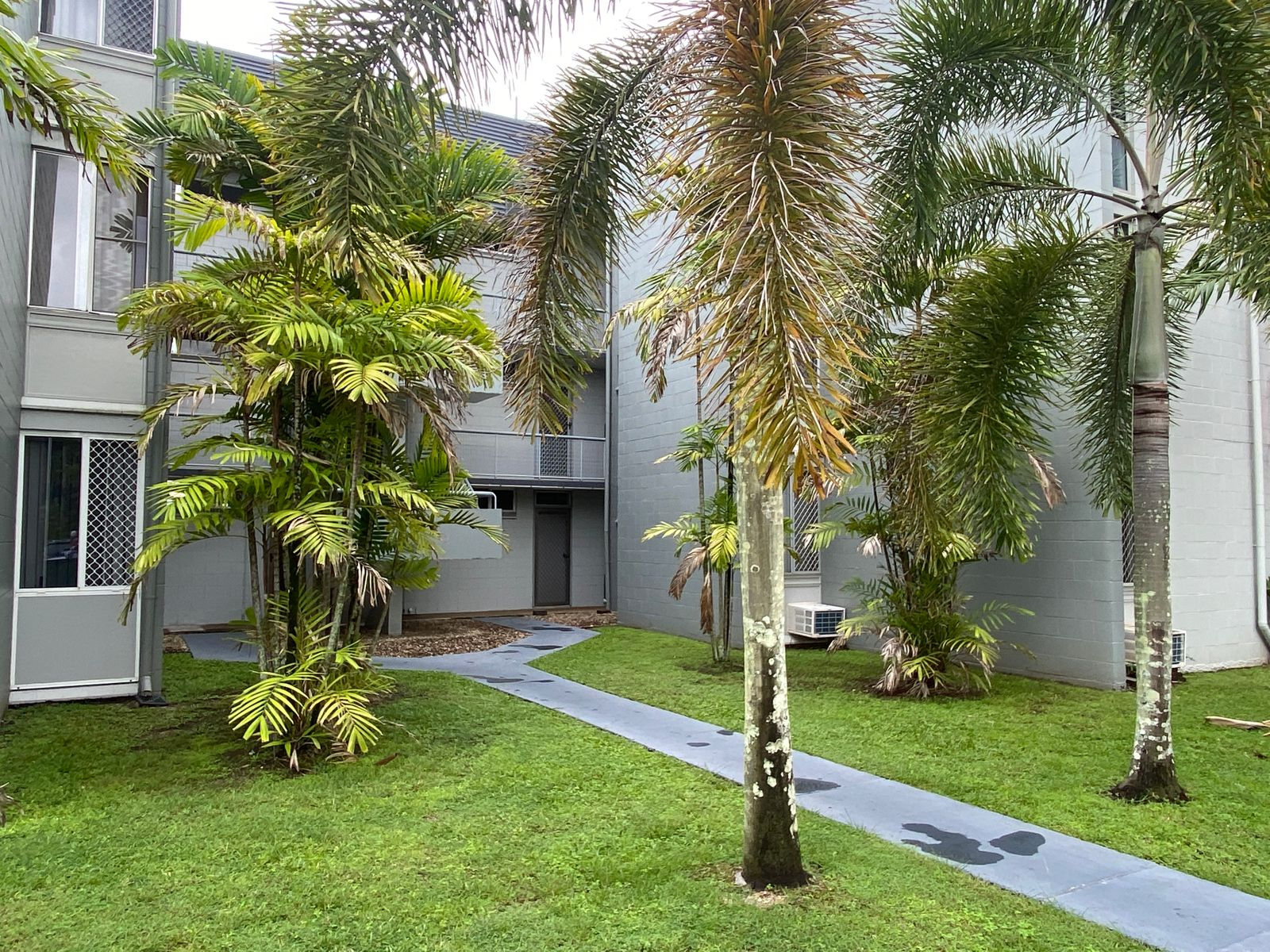 6/186-198 Lake Street, Cairns North, QLD 4870