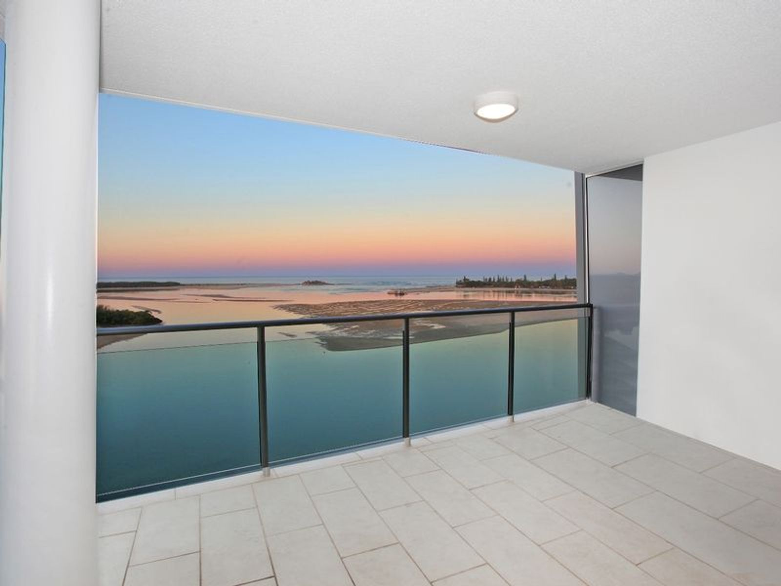 Waves Apartment 801/36-38 Duporth Avenue, Maroochydore, QLD 4558