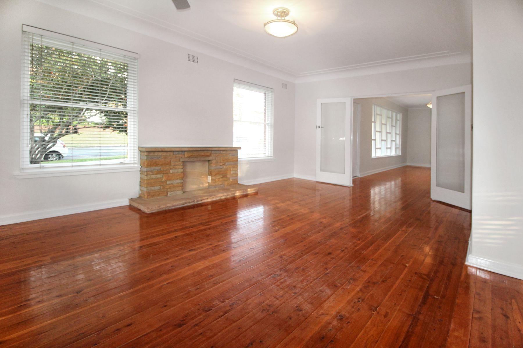 11 Genner Street, Denistone West, NSW 2114