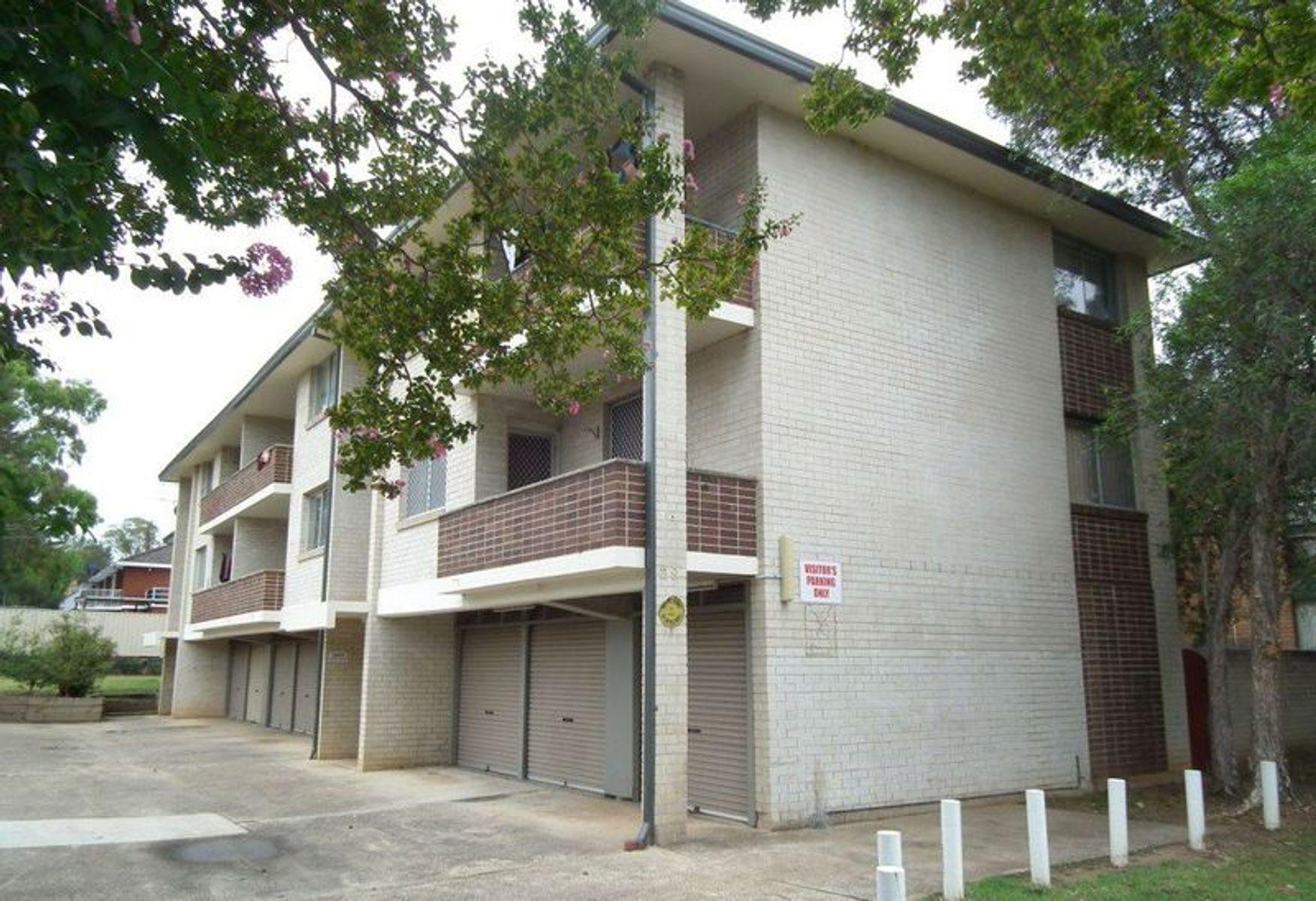 1ST GARAGE /29 Santley Crescent, Kingswood, NSW 2747
