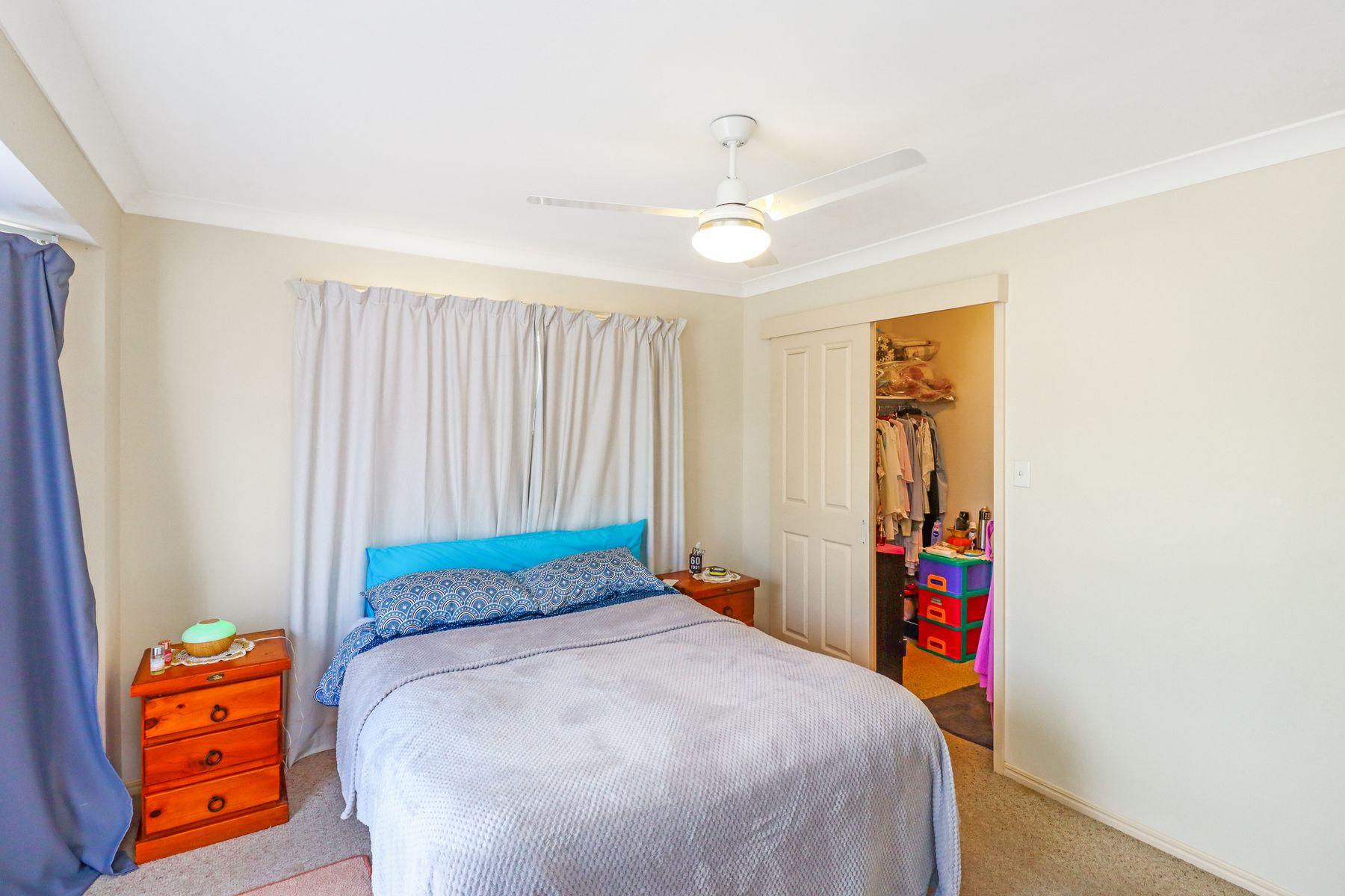 2 Shoreline Court, Urangan, QLD 4655
