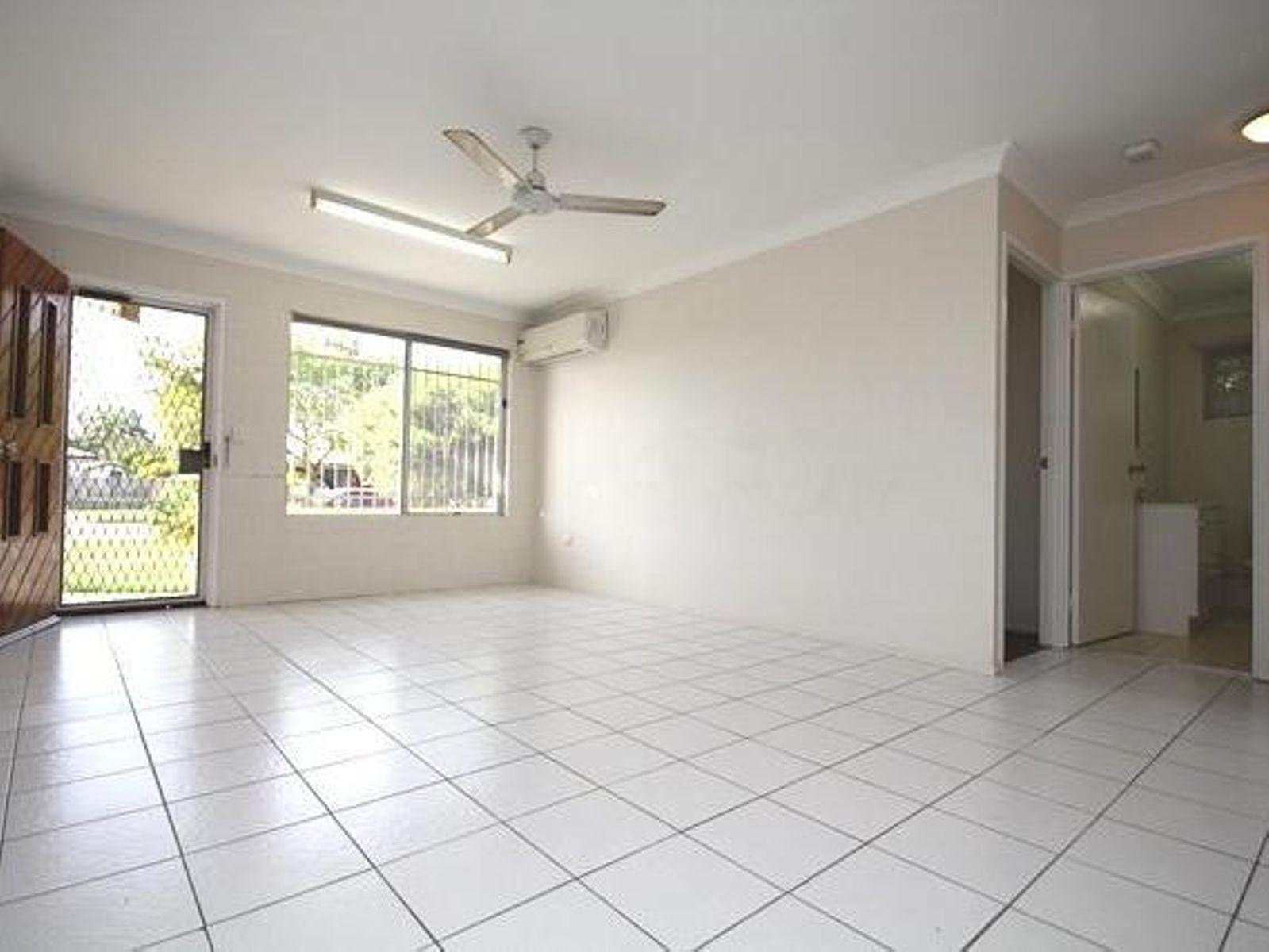 1/25 Santal Drive, Rasmussen, QLD 4815