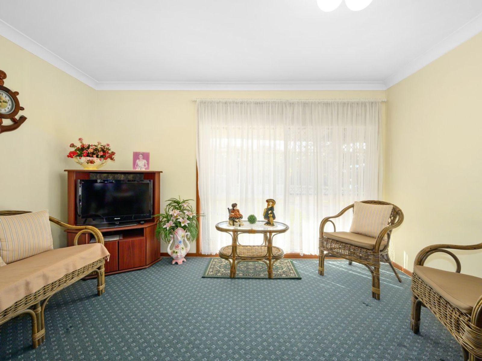 56 Goobarabah Avenue, Lake Haven, NSW 2263