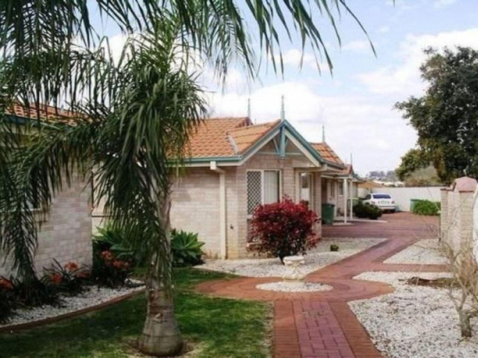 12/23 Hennenlotter Court, Kearneys Spring, QLD 4350