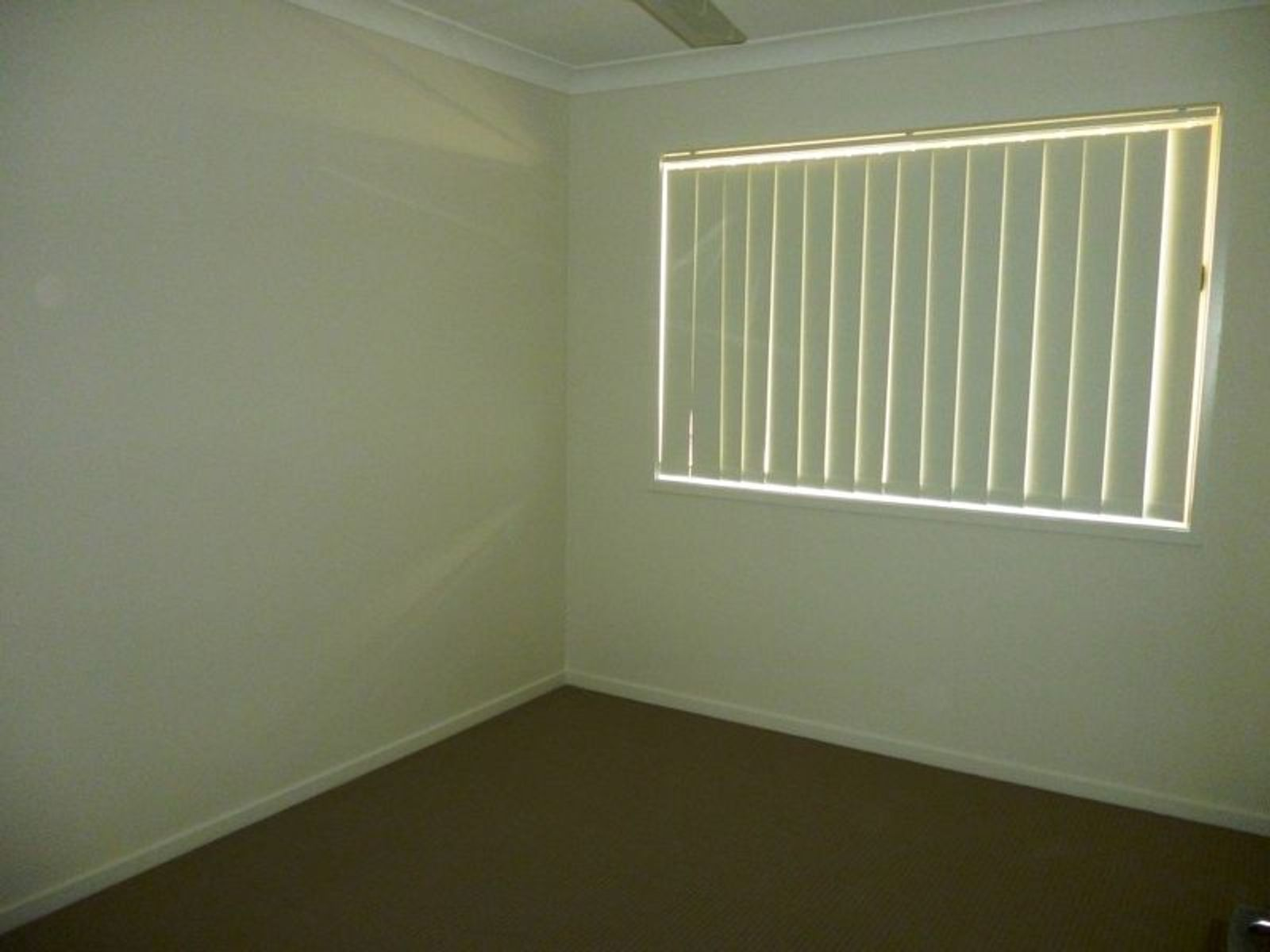 2/6 Balonne Street, Brassall, QLD 4305