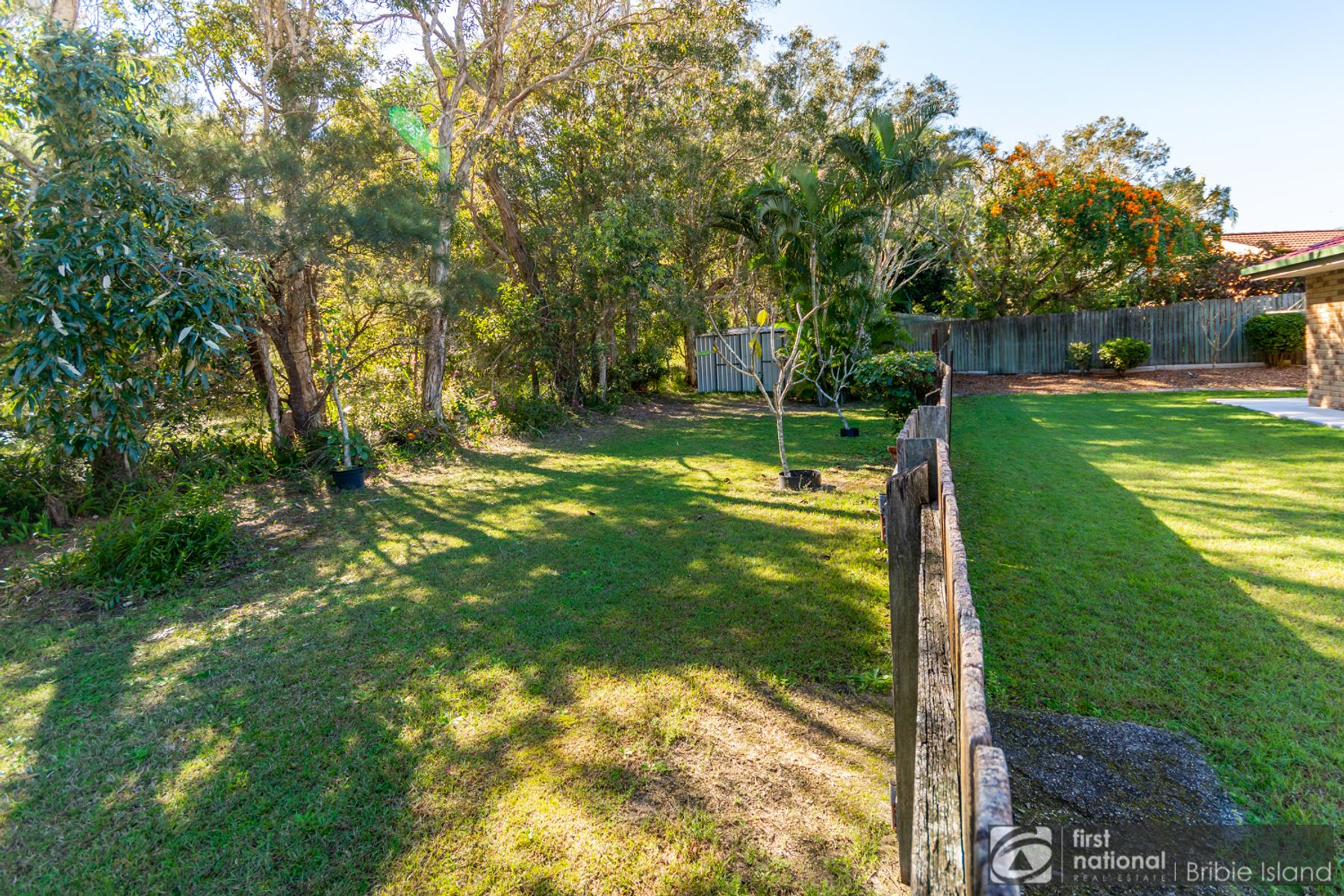9 Lancaster Place, Sandstone Point, QLD 4511