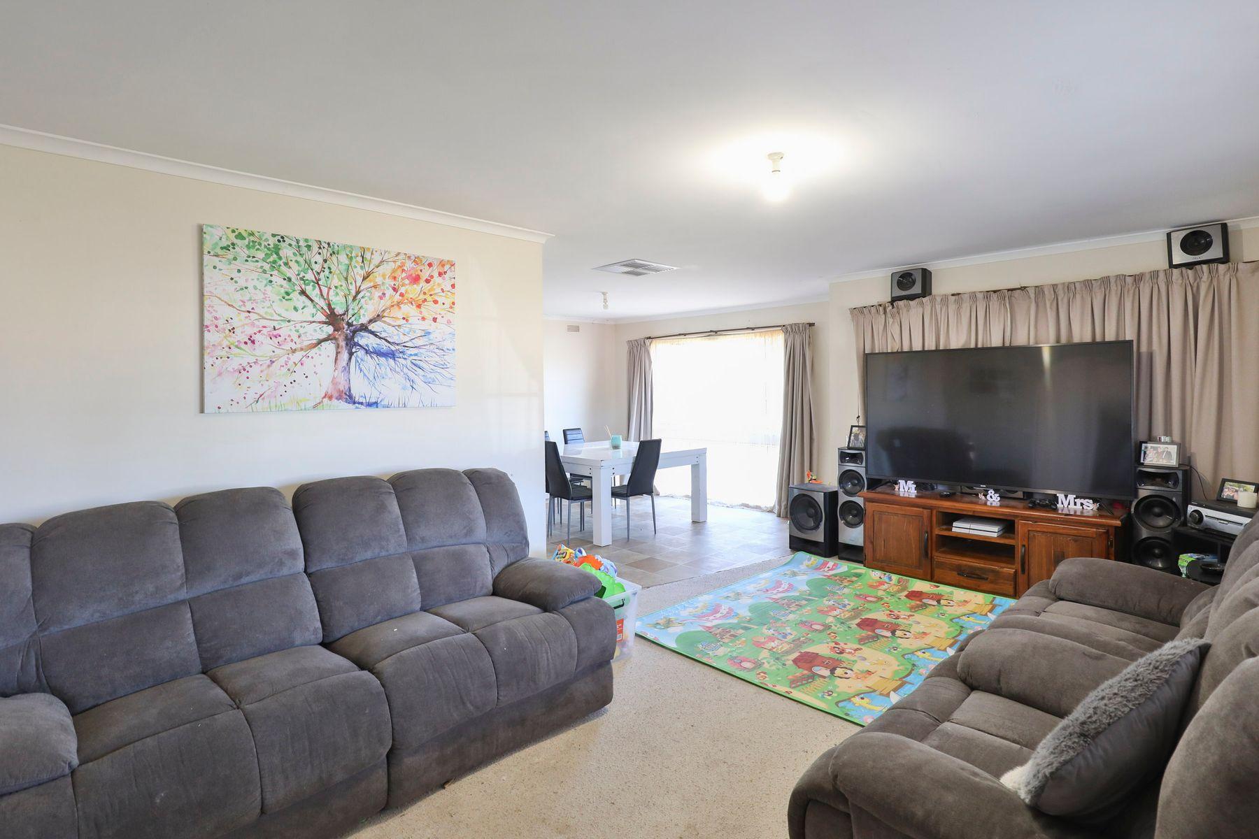 9 Dennis Avenue, Mildura, VIC 3500