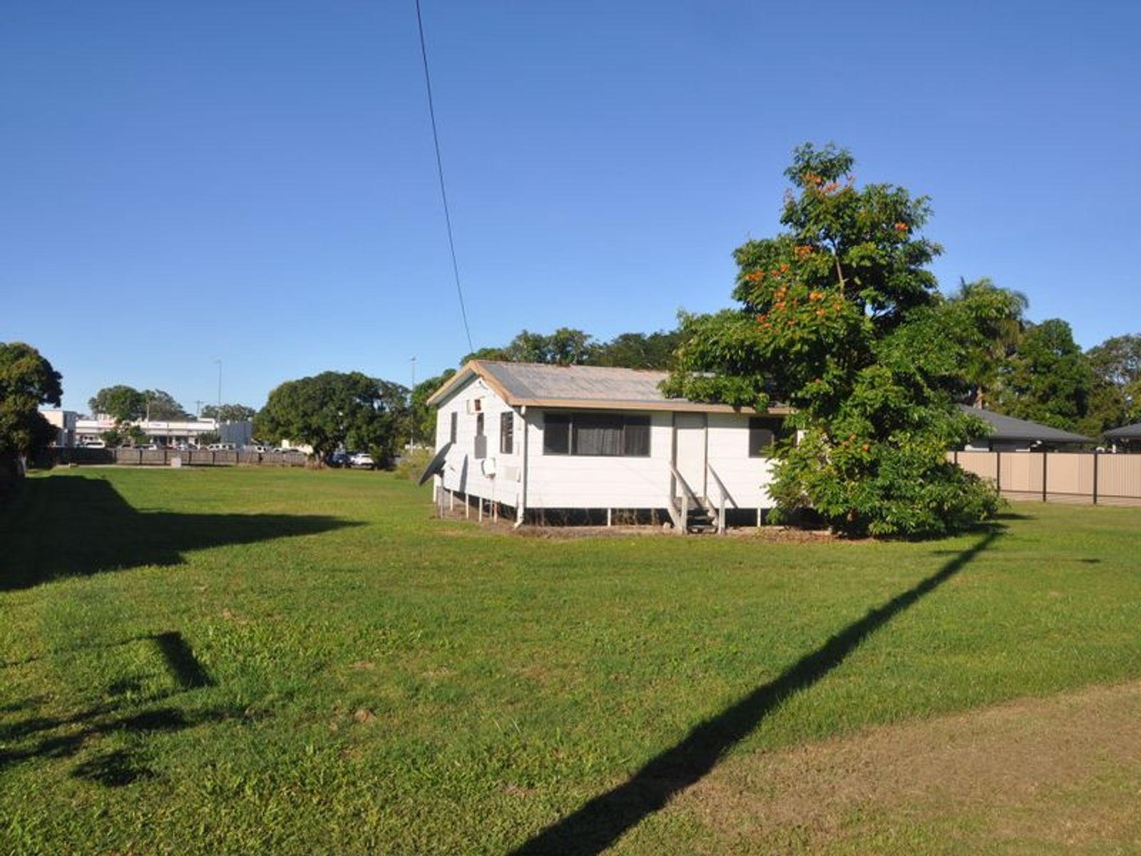 100-102 Broad Street, Sarina, QLD 4737