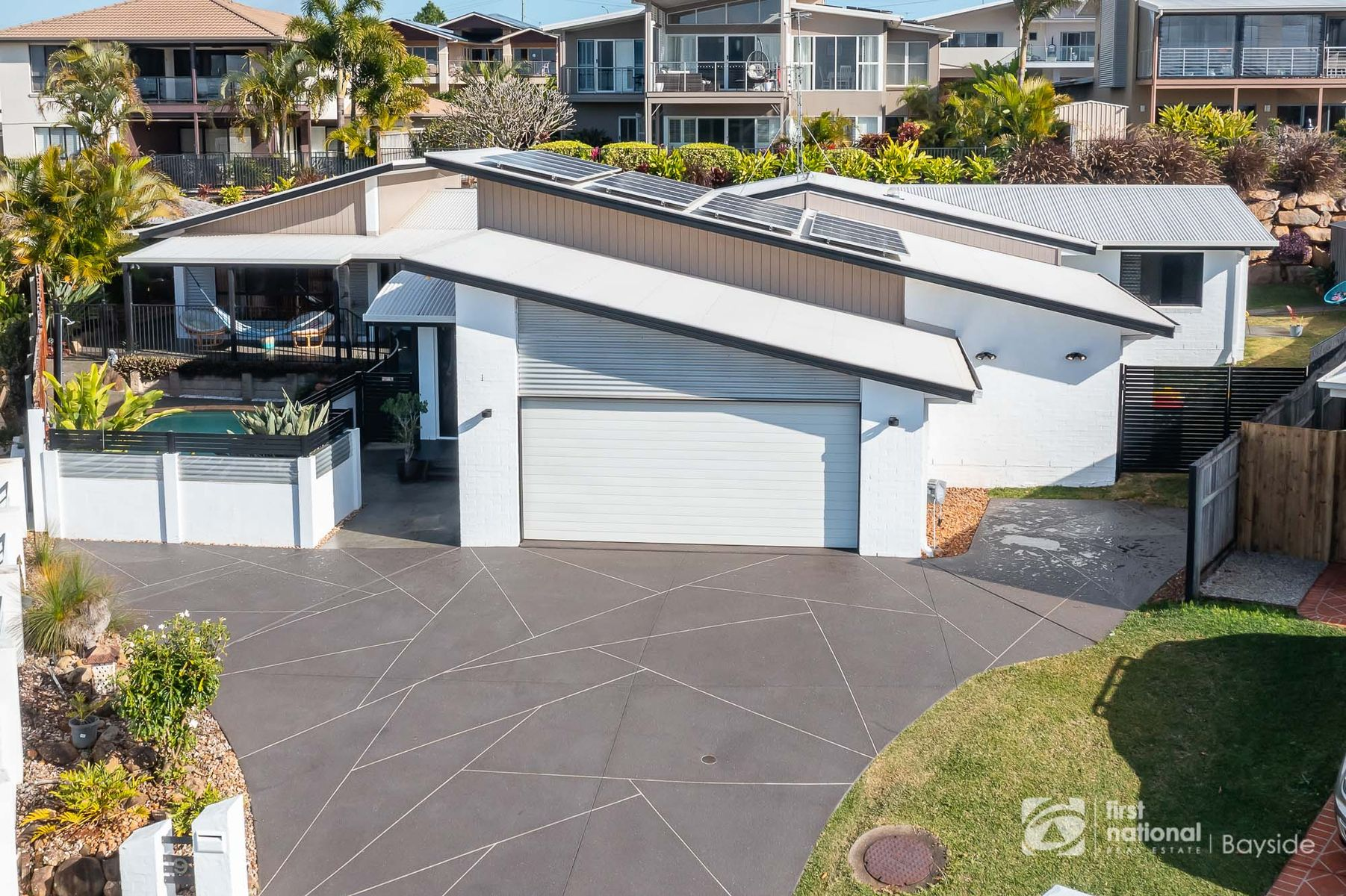 9 Garrett Place, Redland Bay, QLD 4165