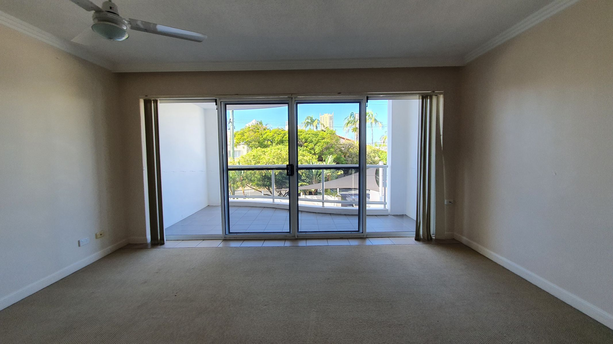 10/96 Stanhill Drive, Surfers Paradise, QLD 4217